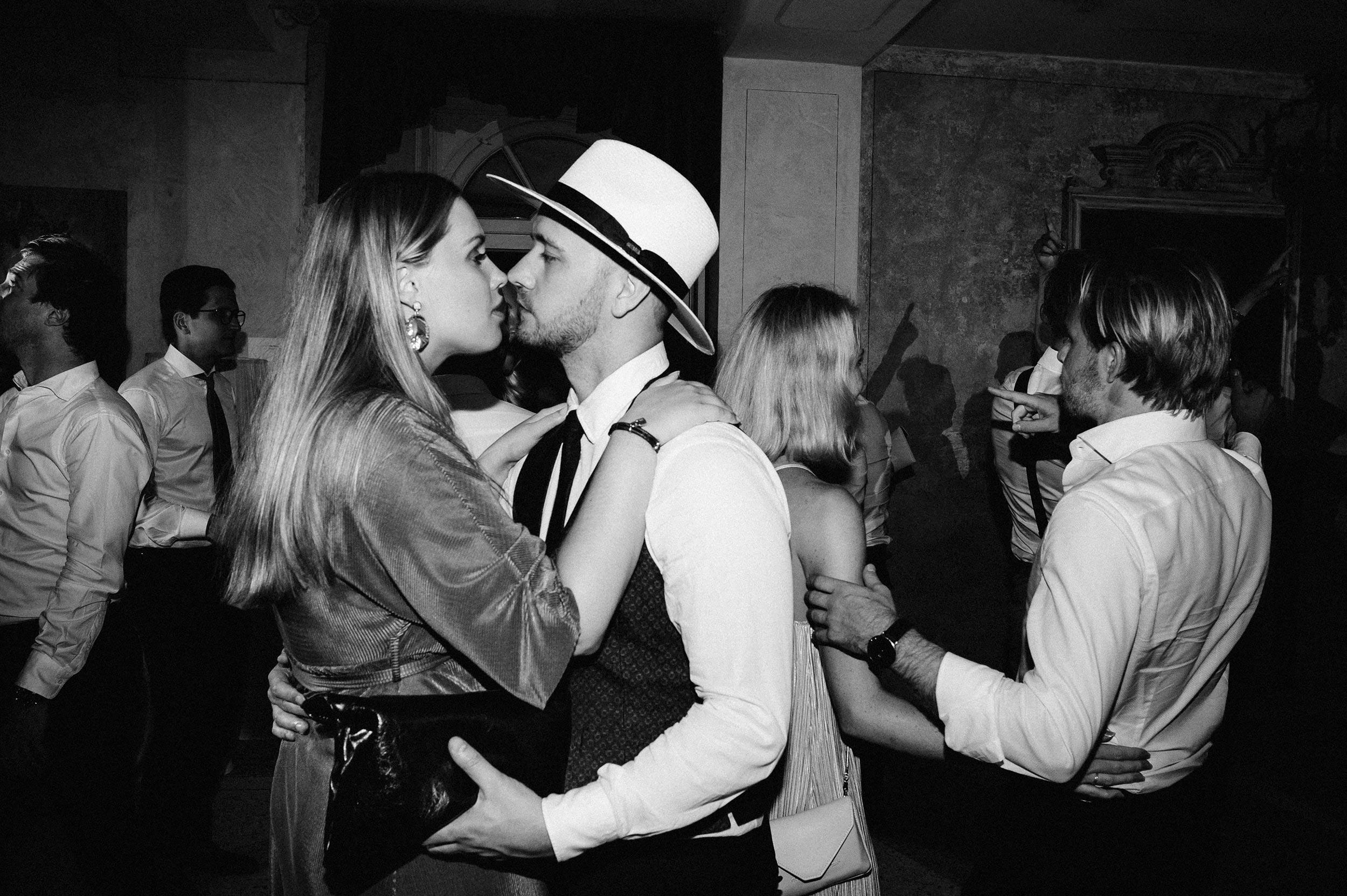 2018-Villa-Regina-Teodolinda-Lake-Como-Wedding-Photographer-Italy-Alessandro-Avenali-326.jpg