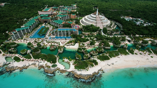 Picture provide by Hotel Xcaret. Access to eight parks and Archaeological tours and cenotes.