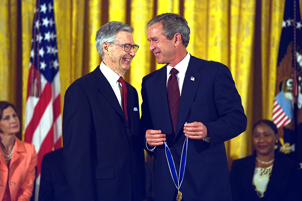 President_George_W._Bush_Presents_the_Presidential_Medal_of_Freedom_Award_to_Fred_Rogers.jpg
