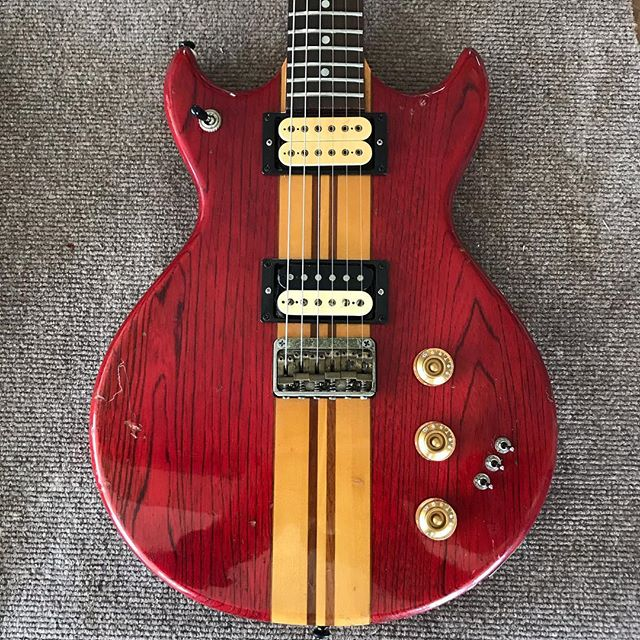 Fresh off the restoration workbench at Godfather Guitars is this late '70's Skylark made at the Matsumoto plant in Japan.  Check out the pics of the critters that called this home at one point.