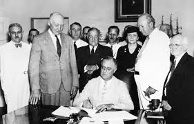 FDR Signing Social Security