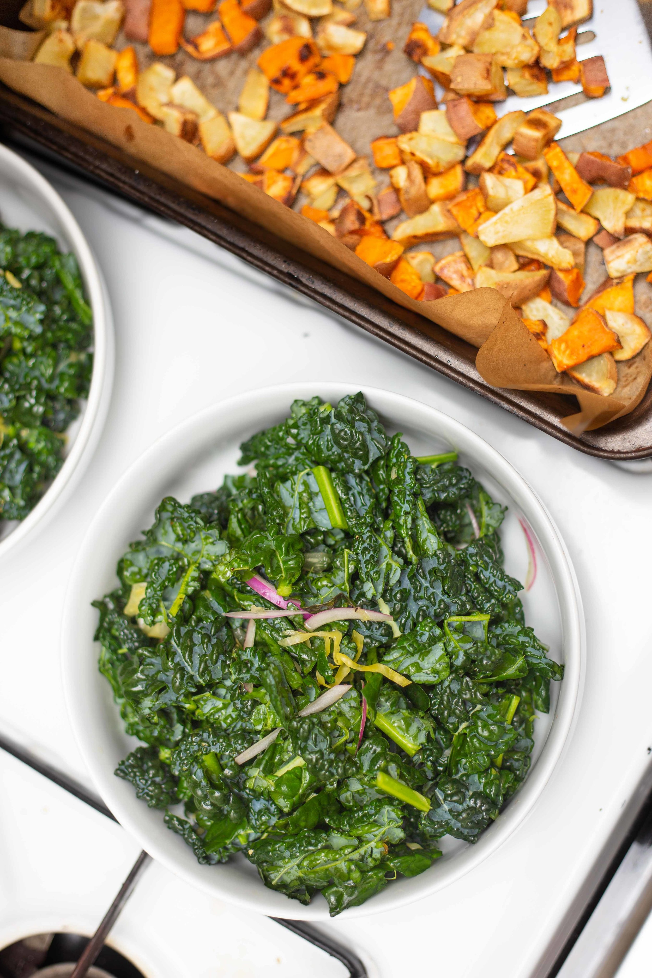 Easy Vegan Kale Salad with Crispy Baked Potatoes and Fermented Sauerkraut