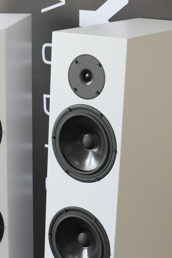 Diamond 28 Loudspeaker Pylon Audio