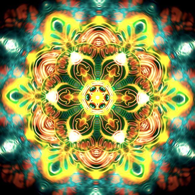 I took today's mandala a bit further.. #infinitepainter