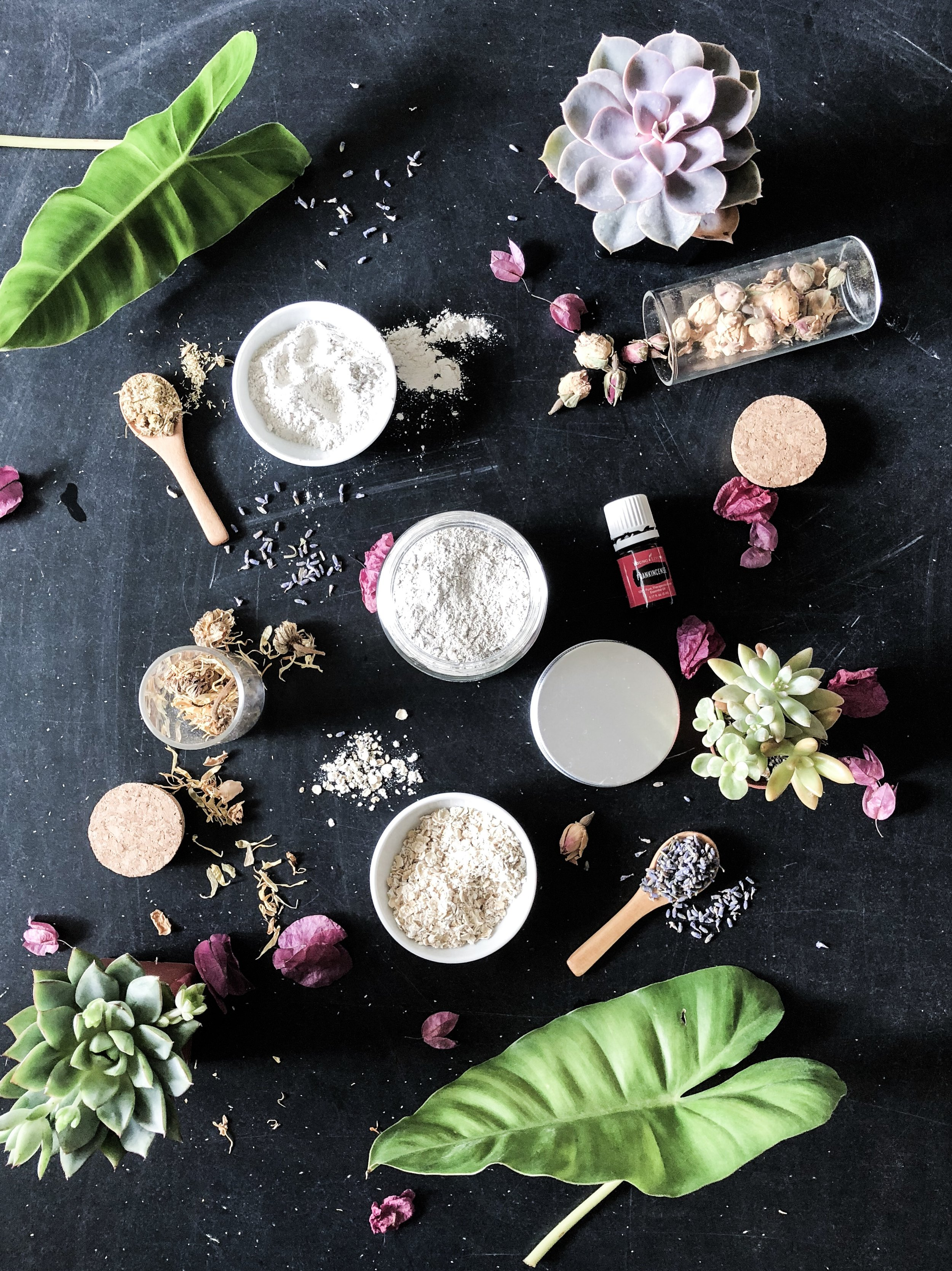 Bentonite Clay Face Mask - with Lavender, Rose, & Oats