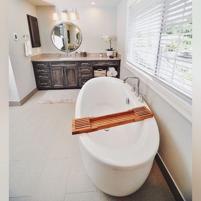 With every bathroom renovation, three areas that we focus on : budget, function and style. Need a quote for your space? Shoot us an email!