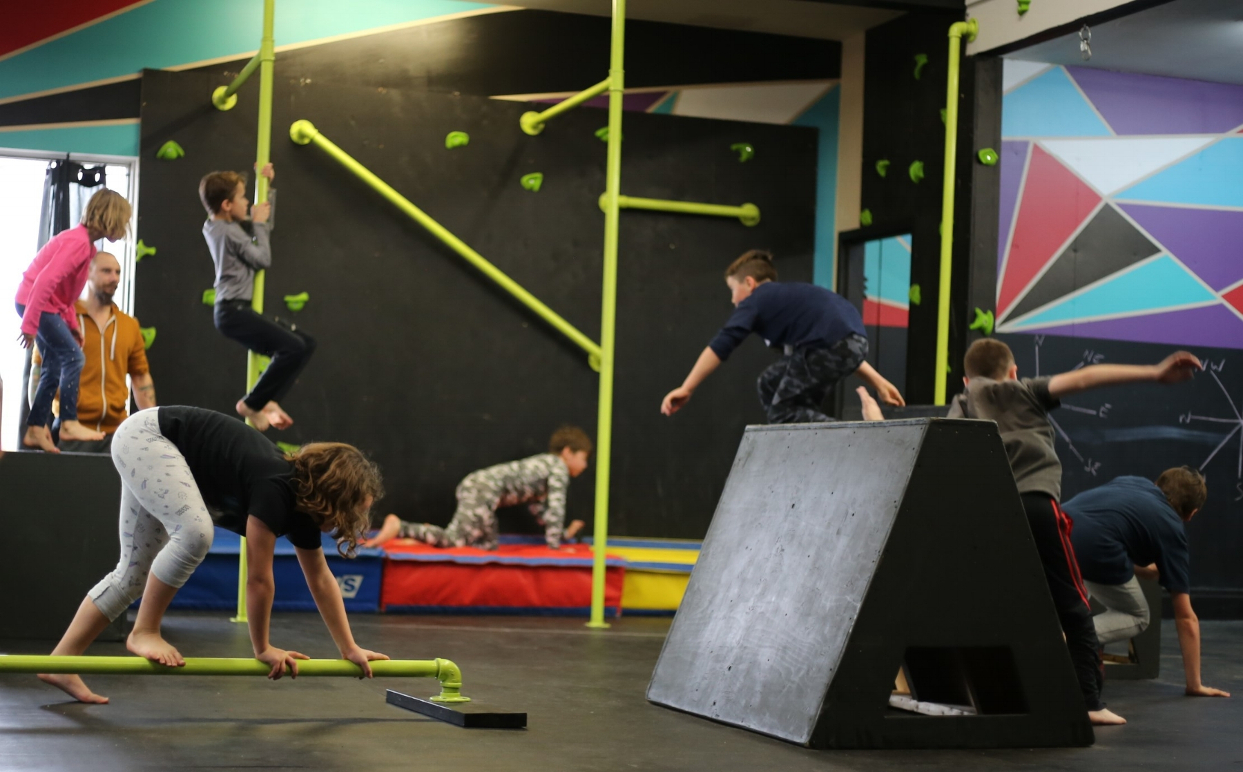 PK FOUNDATIONS  Students learn the basics of Parkour and Parkour safety including how to run, jump, land, roll, climb, and vault an obstacle safely. Ages 6+