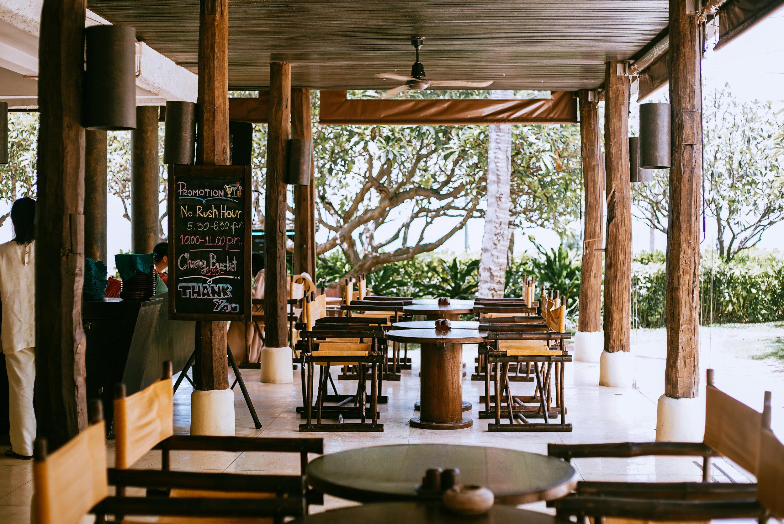 Evason Hua Hin Resort Bar