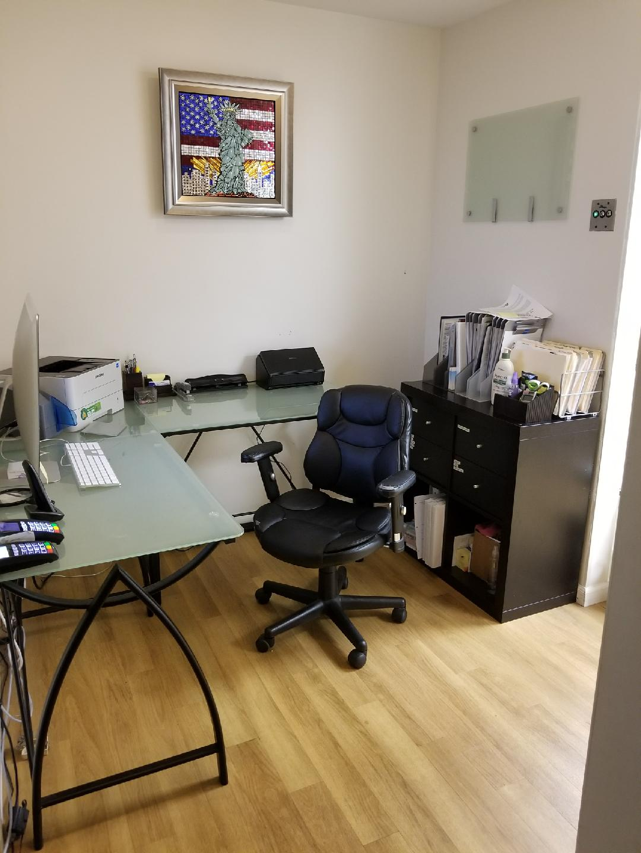 Front desk.jpg