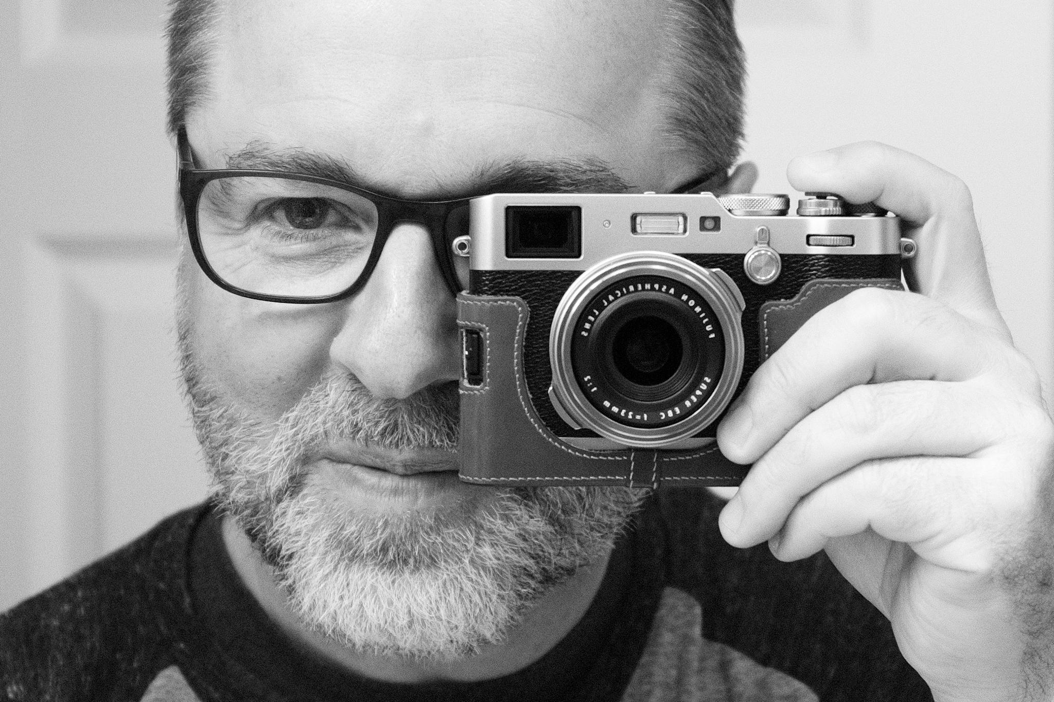 Mike Kovaliv Photographer.jpg