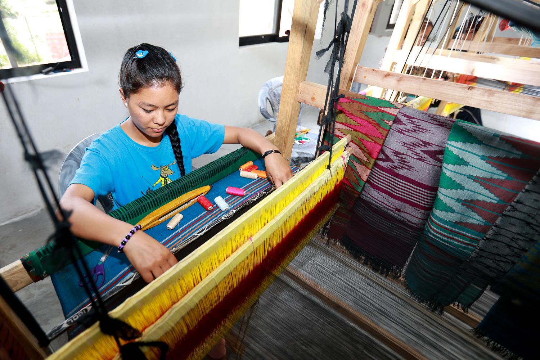 1B8A0213_weavers.jpg