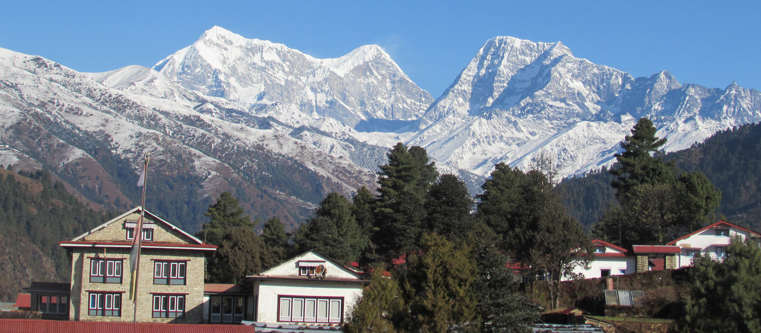 Phaplu , welcoming point in Solukhumbu.jpg