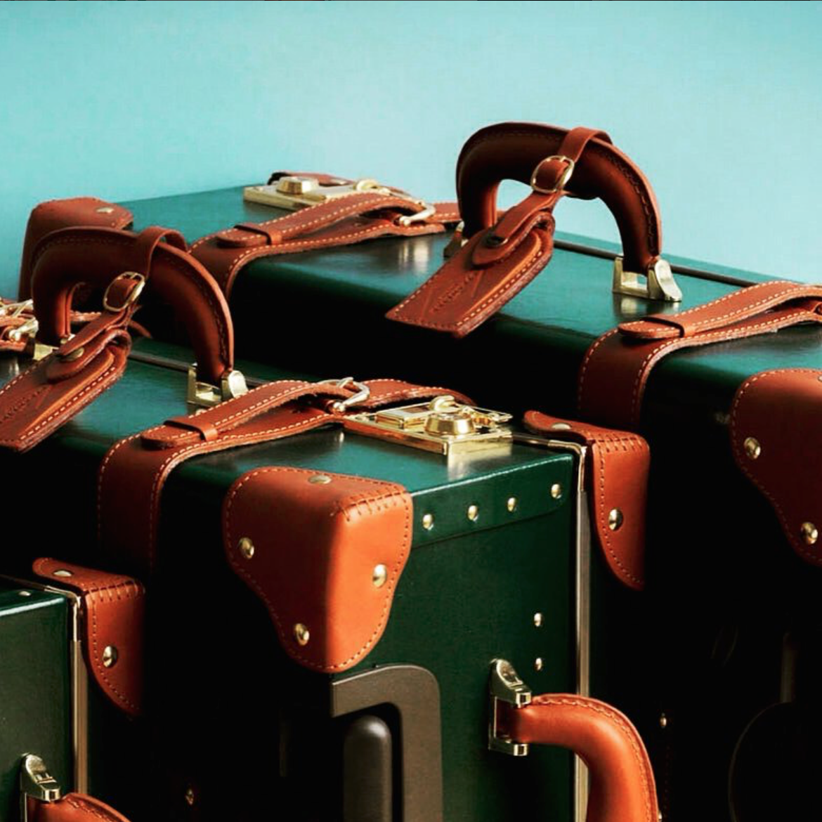 Green Luggage.png