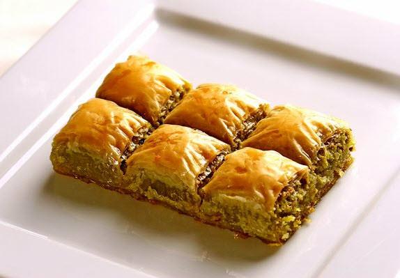 baklava-walnut-istanbul.jpg
