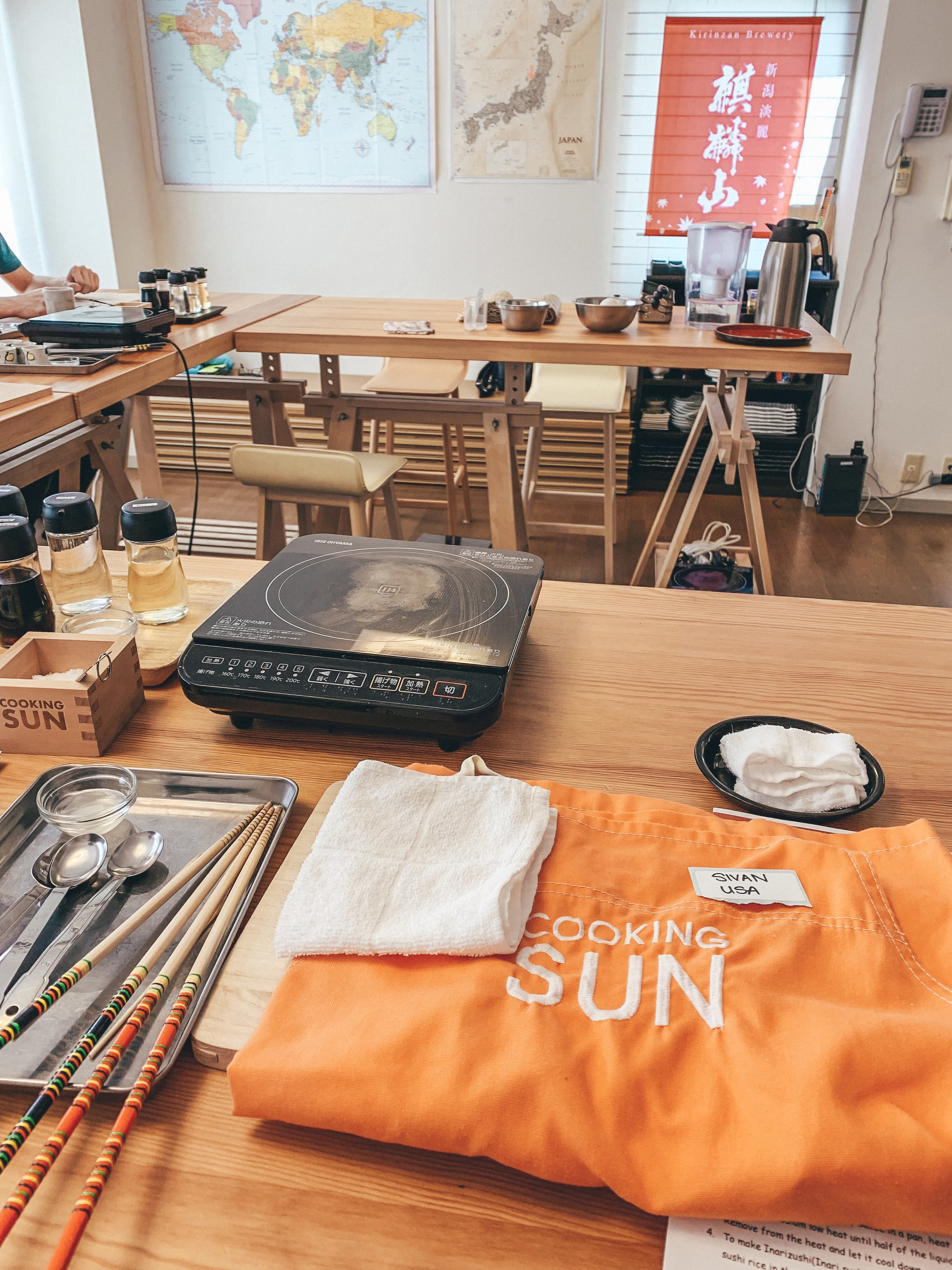 Apron and cooking utensils ready for the class.