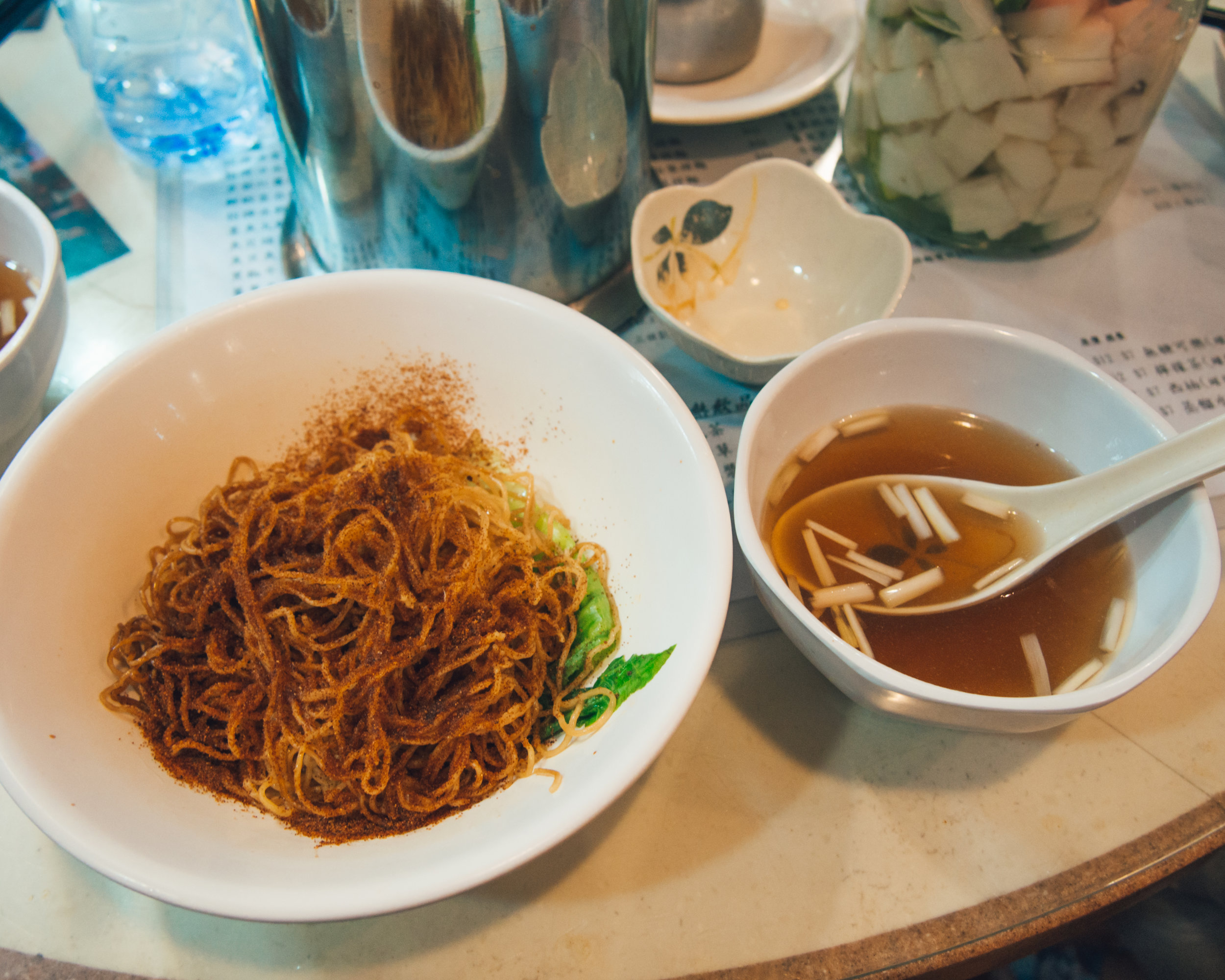 Egg noodles with shrimp roe and broth