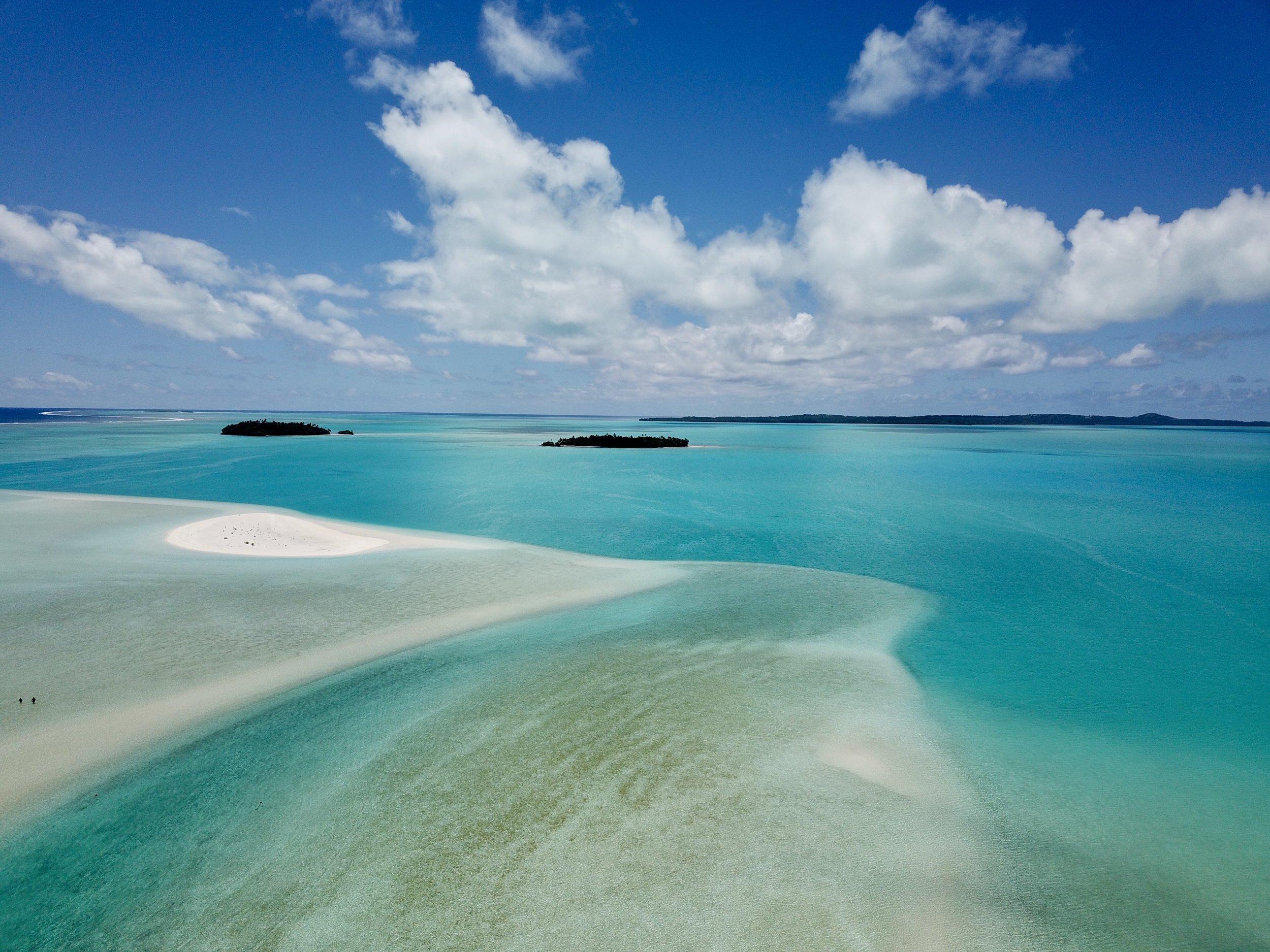 Aitutaki sand bar.jpg