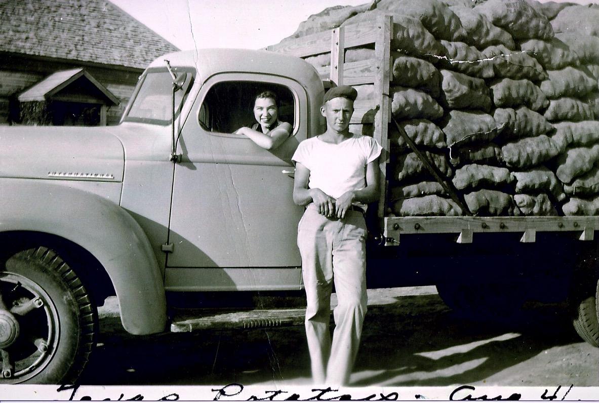 Frank Hereford 1941 1.jpg