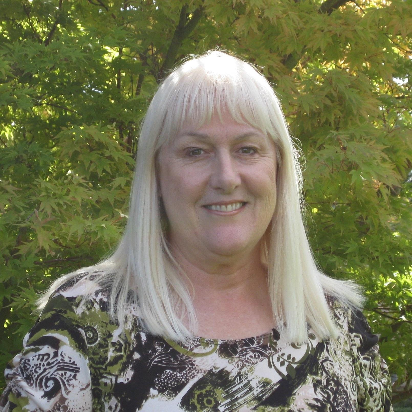 Roseann Kendall, BSN-RN, M.A. in Teaching- Lead Consultant