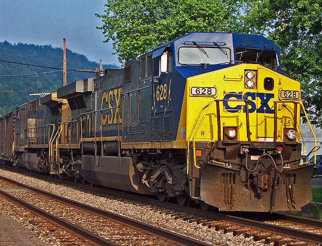626px-CSX_train.jpeg