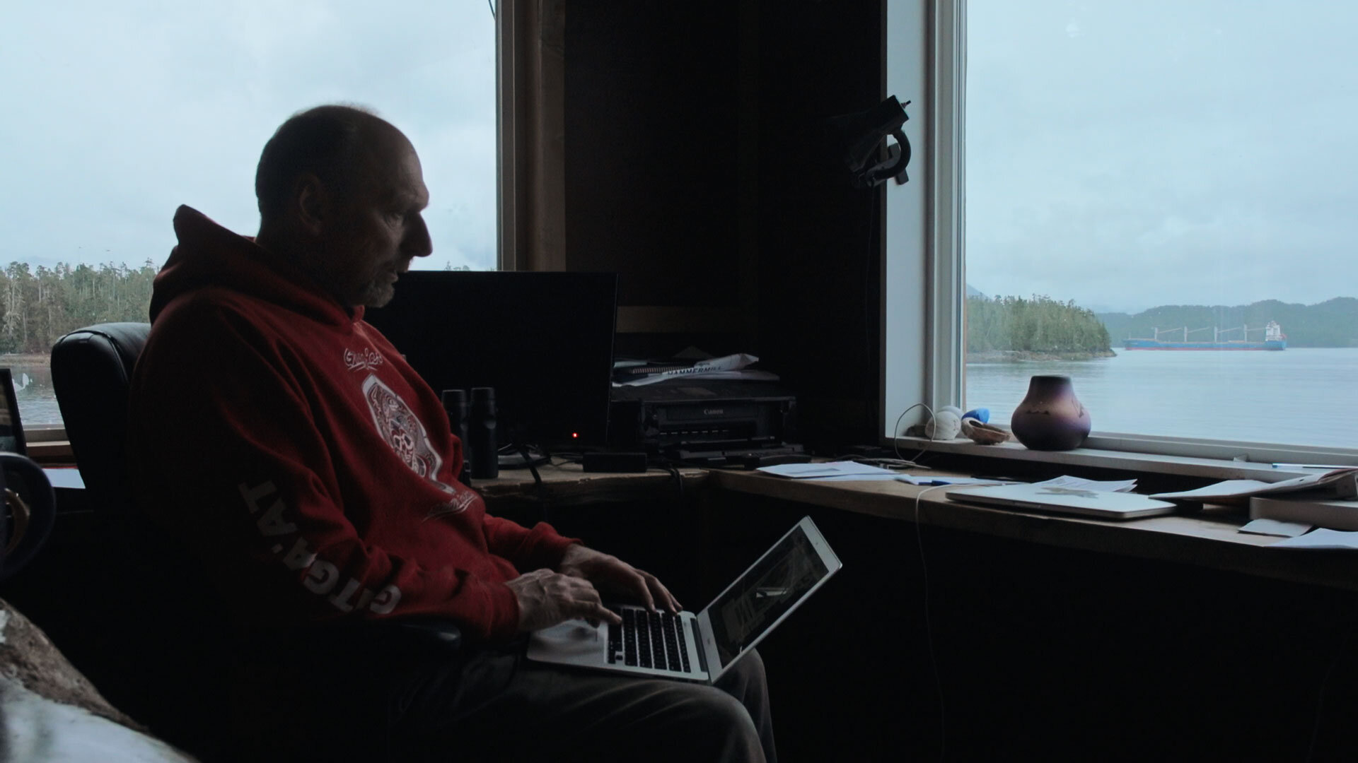Hermann Meuter working at the Cetacea Lab on Gil Island.