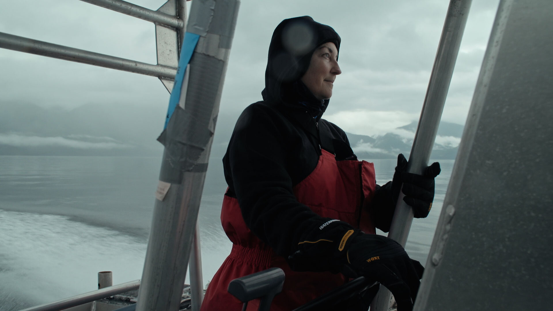Janie Wray boating out to observe humpback whales.