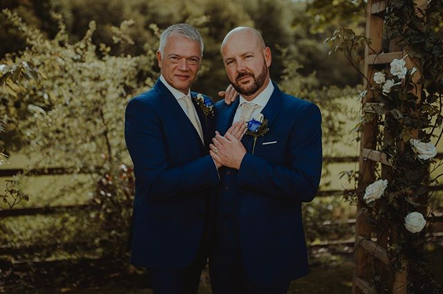How have I not shared this wedding yet!? • • • #summerwedding #derbyshire #derbyshireweddingphotographer #derbyshireweddings #sheffield #belper #matlock #ambergate #peakdistrict #confetti #confettishot #midlandsweddingphotographer #chesterfield #eastmids #eastmidlandwedding #loveislove #gaywedding #isupportgayrights #twogrooms #2020wedding #newlyengaged #imgettingmarried #belovedstories #dirtybootsmessyhair #lookslikefilm #loveandwildhearts #junebugswedding #adventurebride #outdoorwedding #rocknrollbride