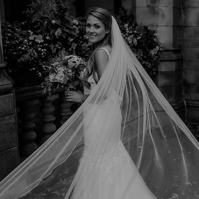 Lets just take a moment to admire how gorgeous Rachel looked on her wedding day 🙌🏽✨ • • • #2019bride #2020bride #derbyshirewedding #sheffieldwedding #matlock #belper #peakdistrict #peakdistrictwedding #weddingveil #justmarried #beautifulbride #lookslikefilm #dirtybootsmessyhair #vsco #midlandswedding #midlandsweddingphotographer #alternativeweddingphotographer #chesterfield #chesterfieldwedding #derby #derbywedding #derbyweddingphotographer #belovedstories #radlovestories #loveandwildhearts #gettingmarried #gettinghitched #weregettingmarried #outdoorbride #outdoorwedding