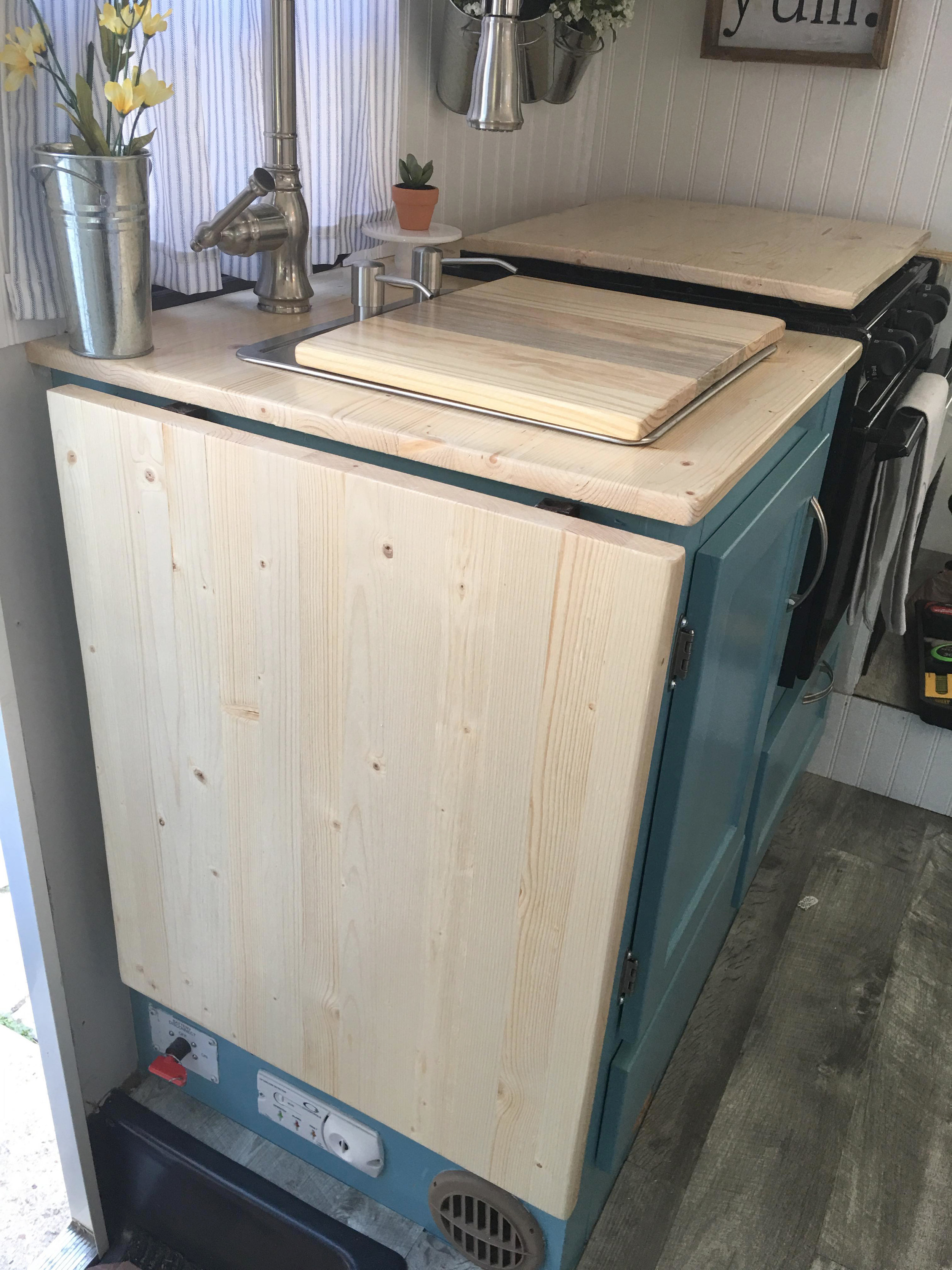 custom butcher block counters.jpg