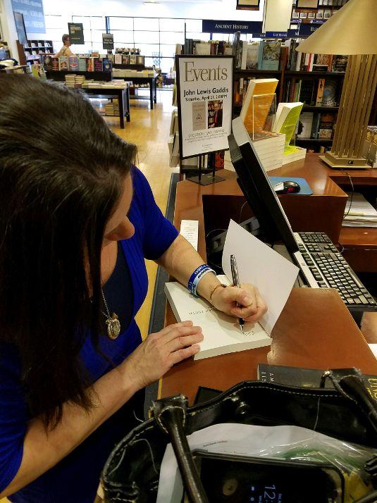 Yale Bookstore4.jpg