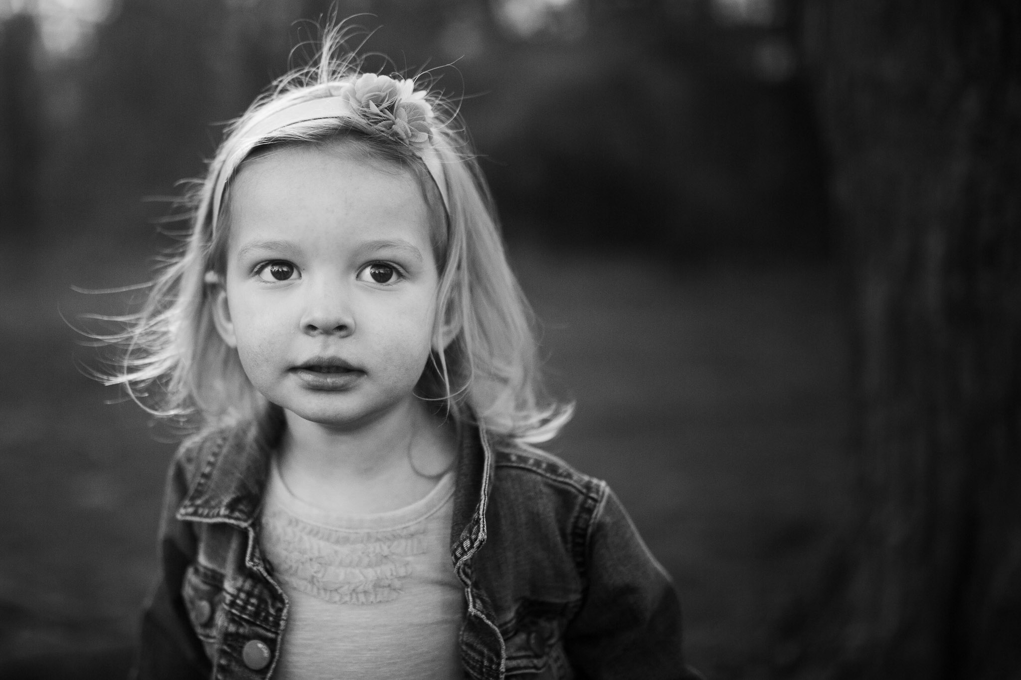 Black and white portrait of a toddler at Red Rock Overlook in Leesburg, VA