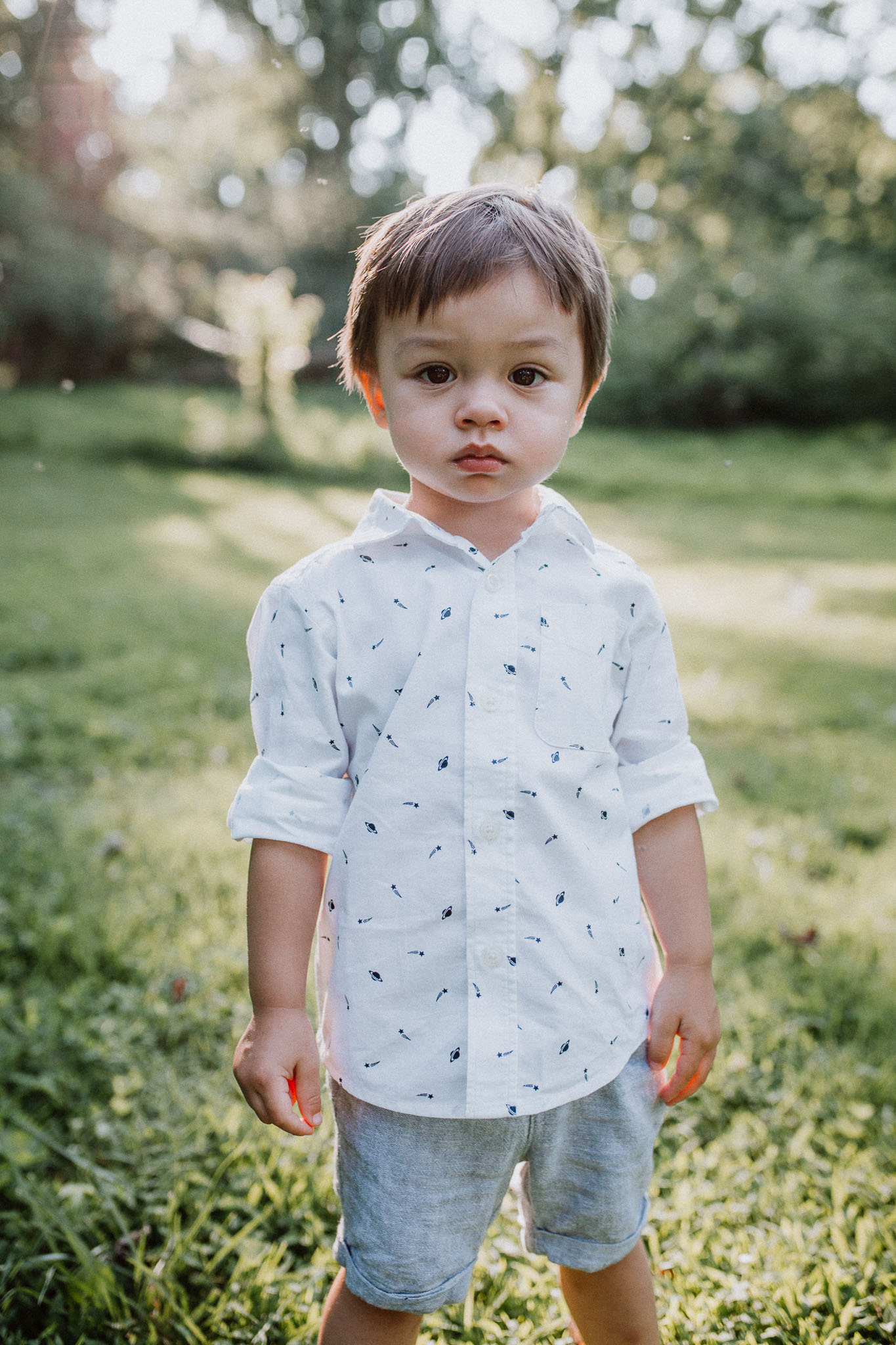portrait of a toddler boy at Colvin Run Mill in Great Falls