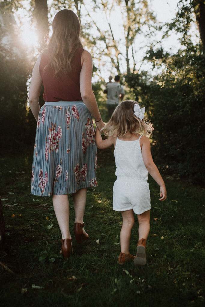 Mother daughter golden hour sunset family lifestyle photography Marti Austin Photography Rust Nature Sanctuary Leesburg Loudoun Virginia
