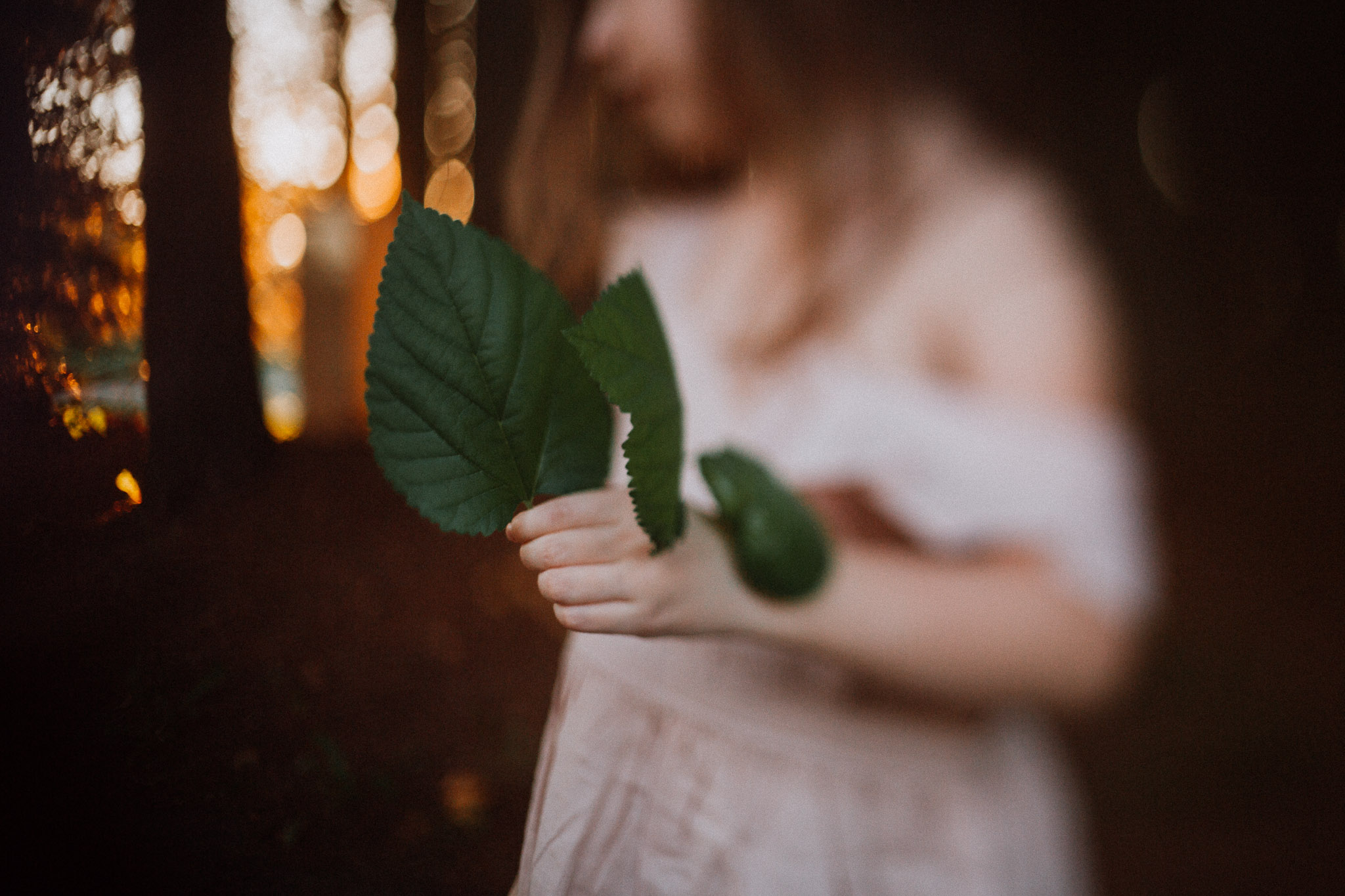 Freelensed portrait leaves nature Toddler Girl Ashburn Virginia Lifestyle Documentary Family Marti Austin Photography