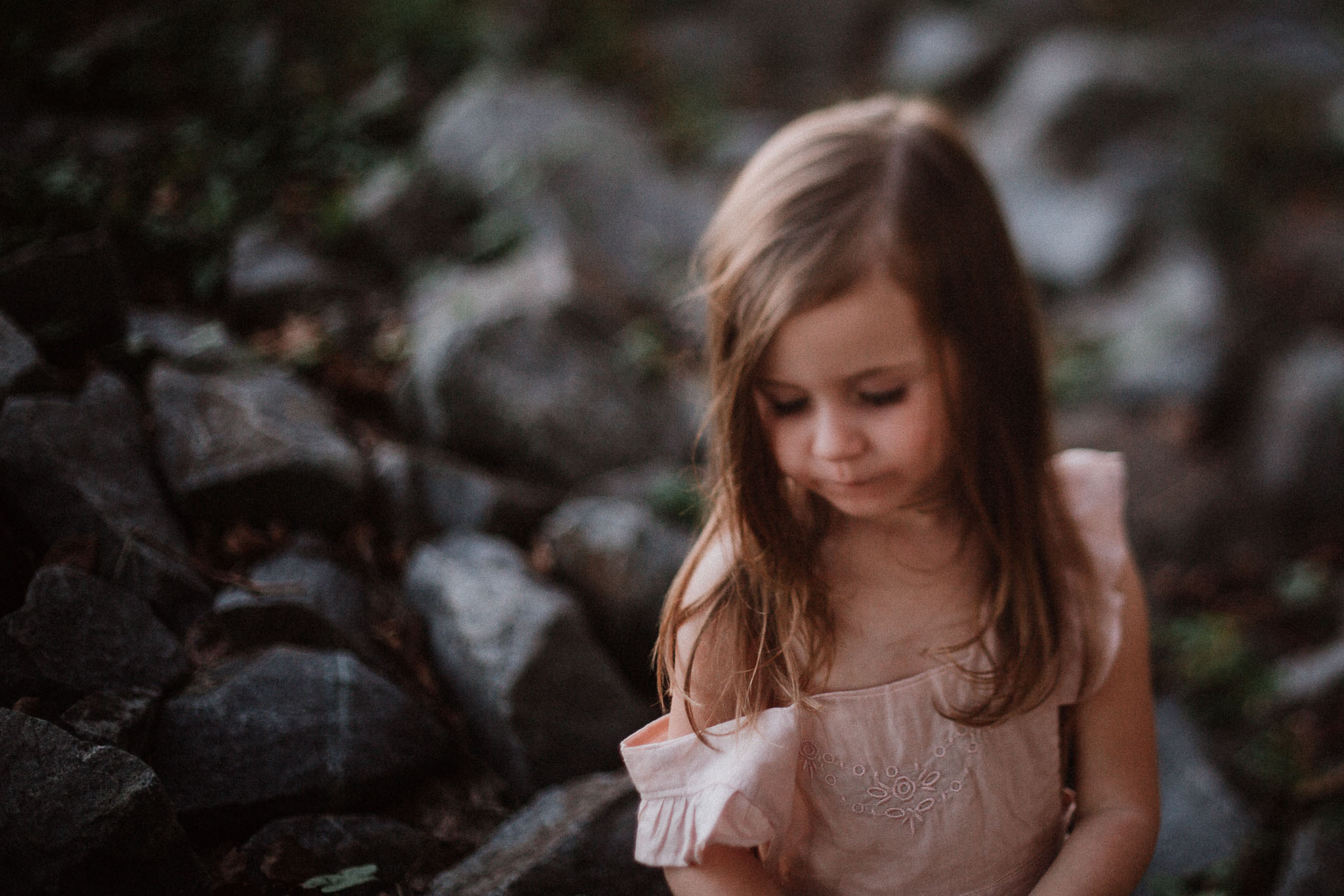 freelensed portrait rocks stonesToddler Girl Ashburn Virginia Lifestyle Documentary Family Marti Austin Photography