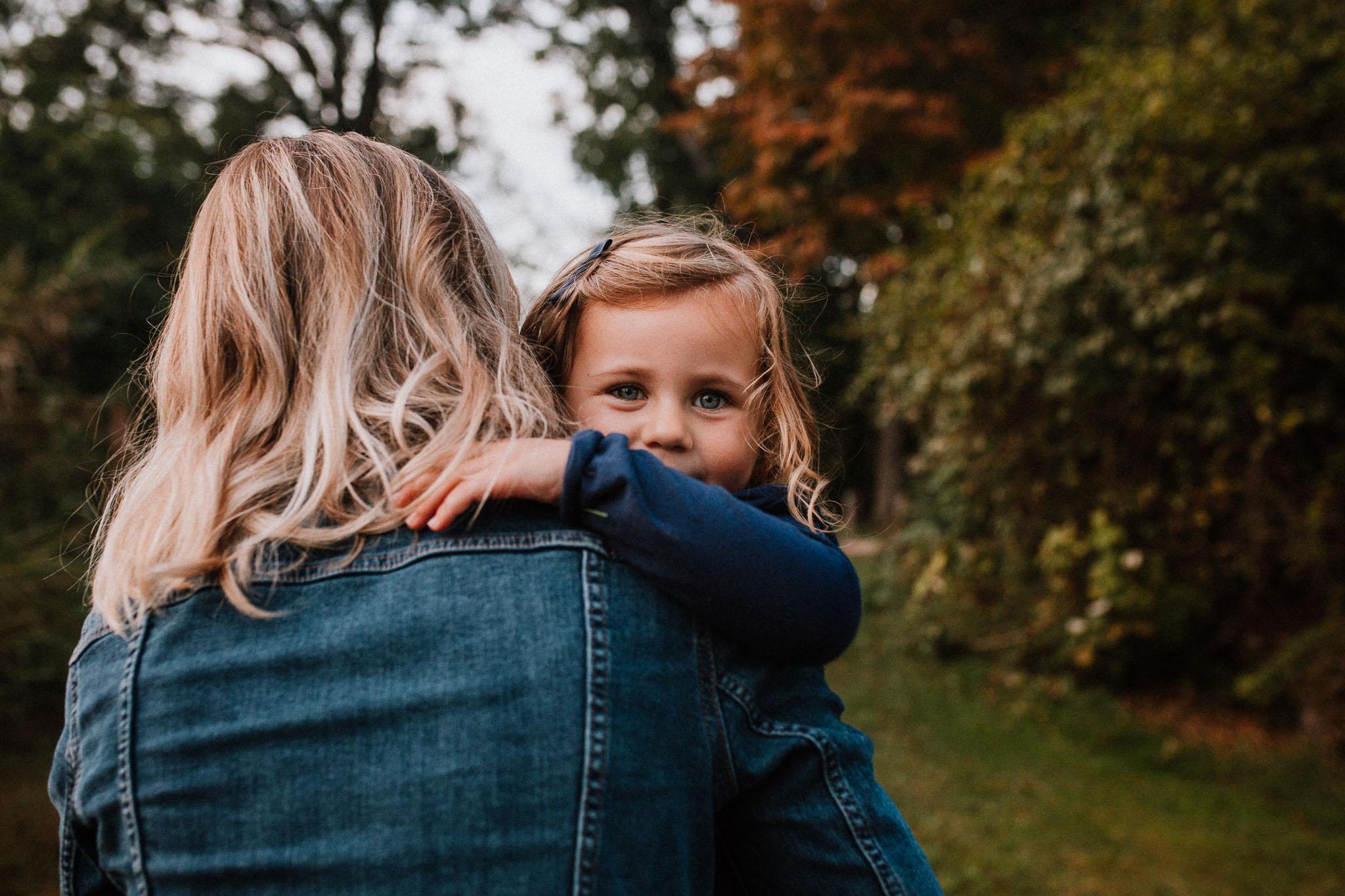 mother daughter hug family sunset golden Rust Nature Sanctuary Leesburg Loudoun Virginia Lifestyle Documentary Marti Austin Photography