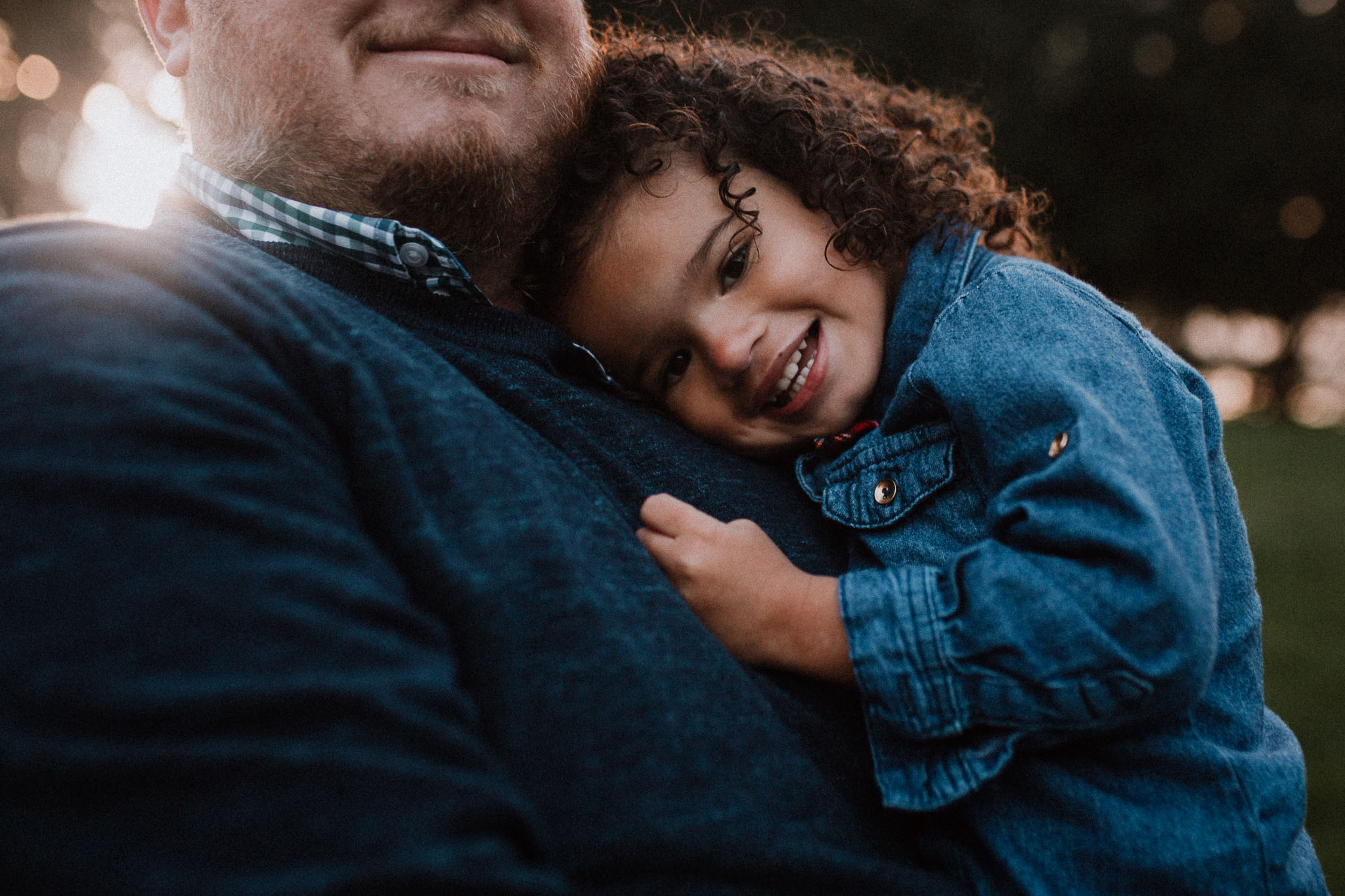 father daughter hug sunset fall autumn Wolf Trap Vienna Virginia Lifestyle Documentary Family Marti Austin Photography