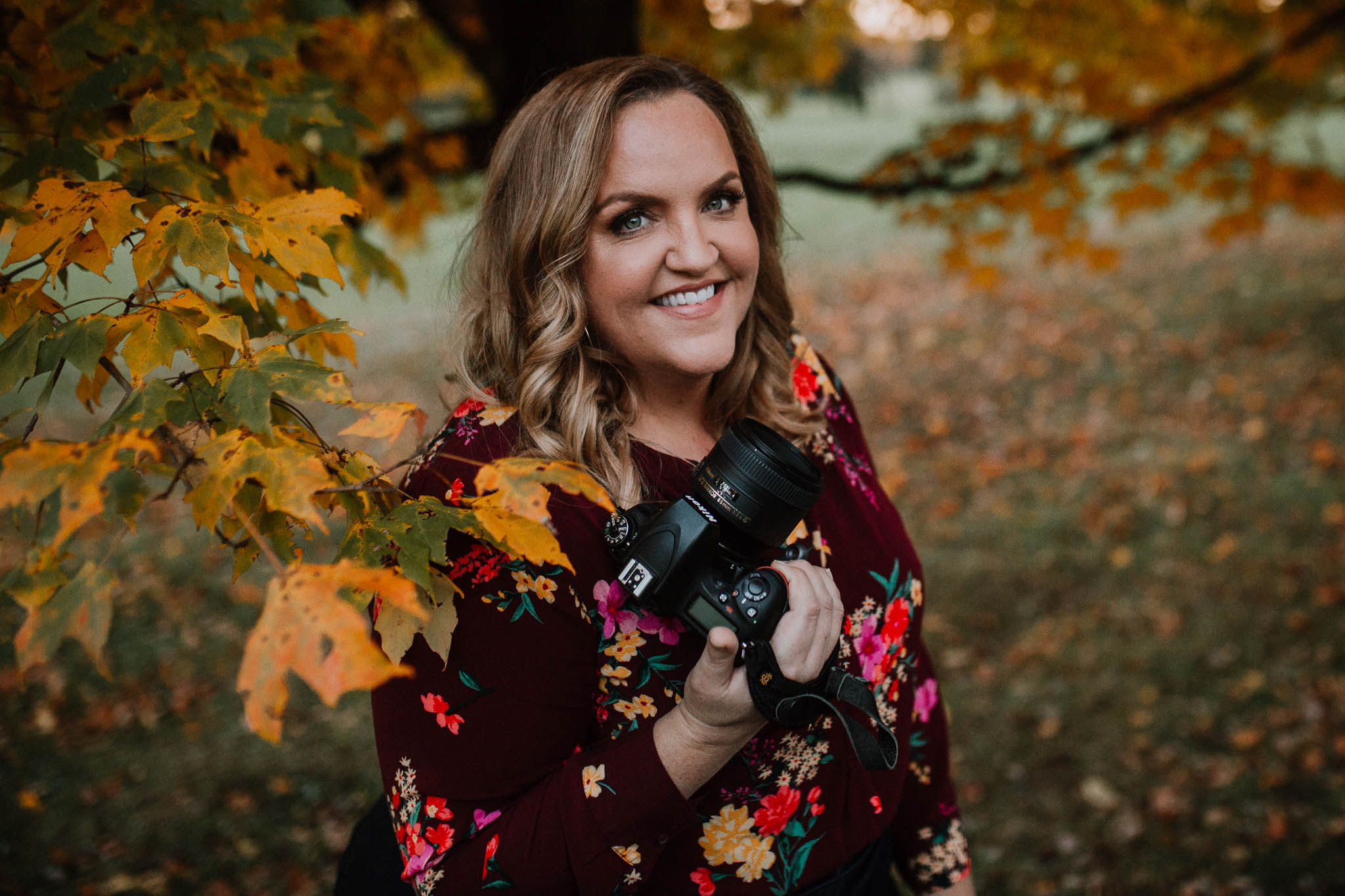 Kate Montaner head shot camera family lifestyle documentary Morven Park Leesburg Loudoun Virginia Fall Autumn Marti Austin Photography