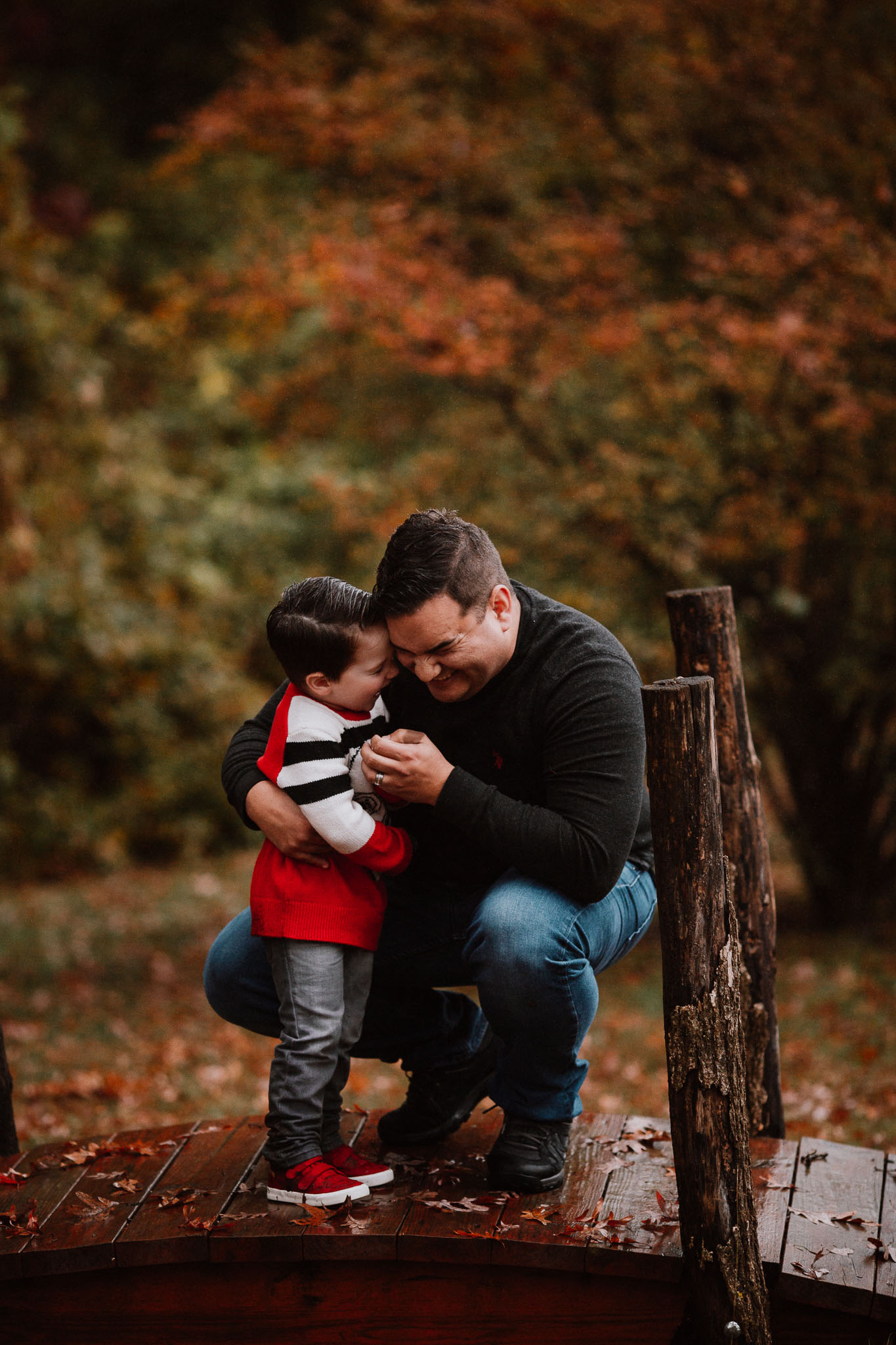 father son hug laugh fall autumn childhood family lifestyle documentary Rust Nature Sanctuary Leesburg Virginia Marti Austin Photography