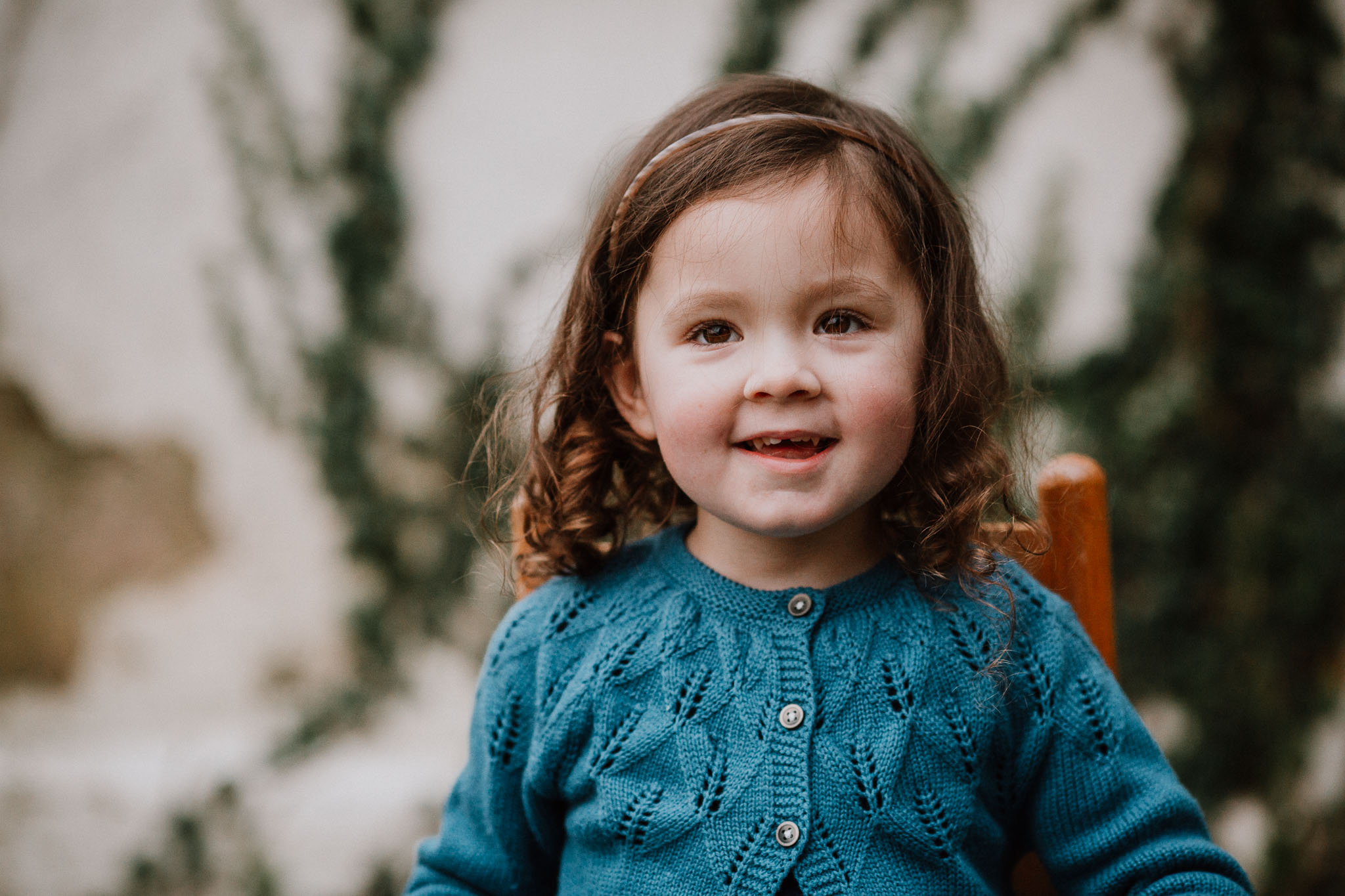 toddler girl portrait family fall autumn lifestyle documentary Morven Park Leesburg Loudoun Virginia Marti Austin Photography