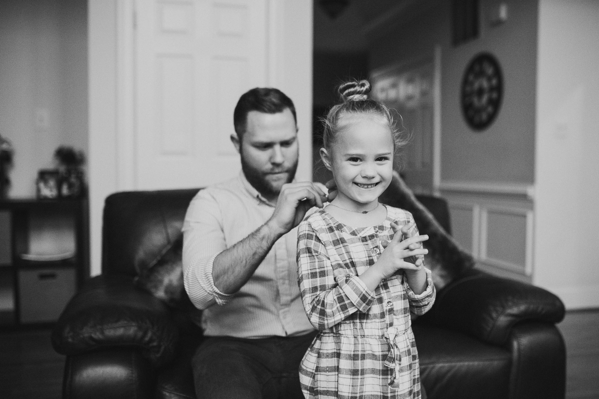 black and white father daughter lifestyle documentary in home family newborn ashburn loudoun virginia Marti Austin Photography