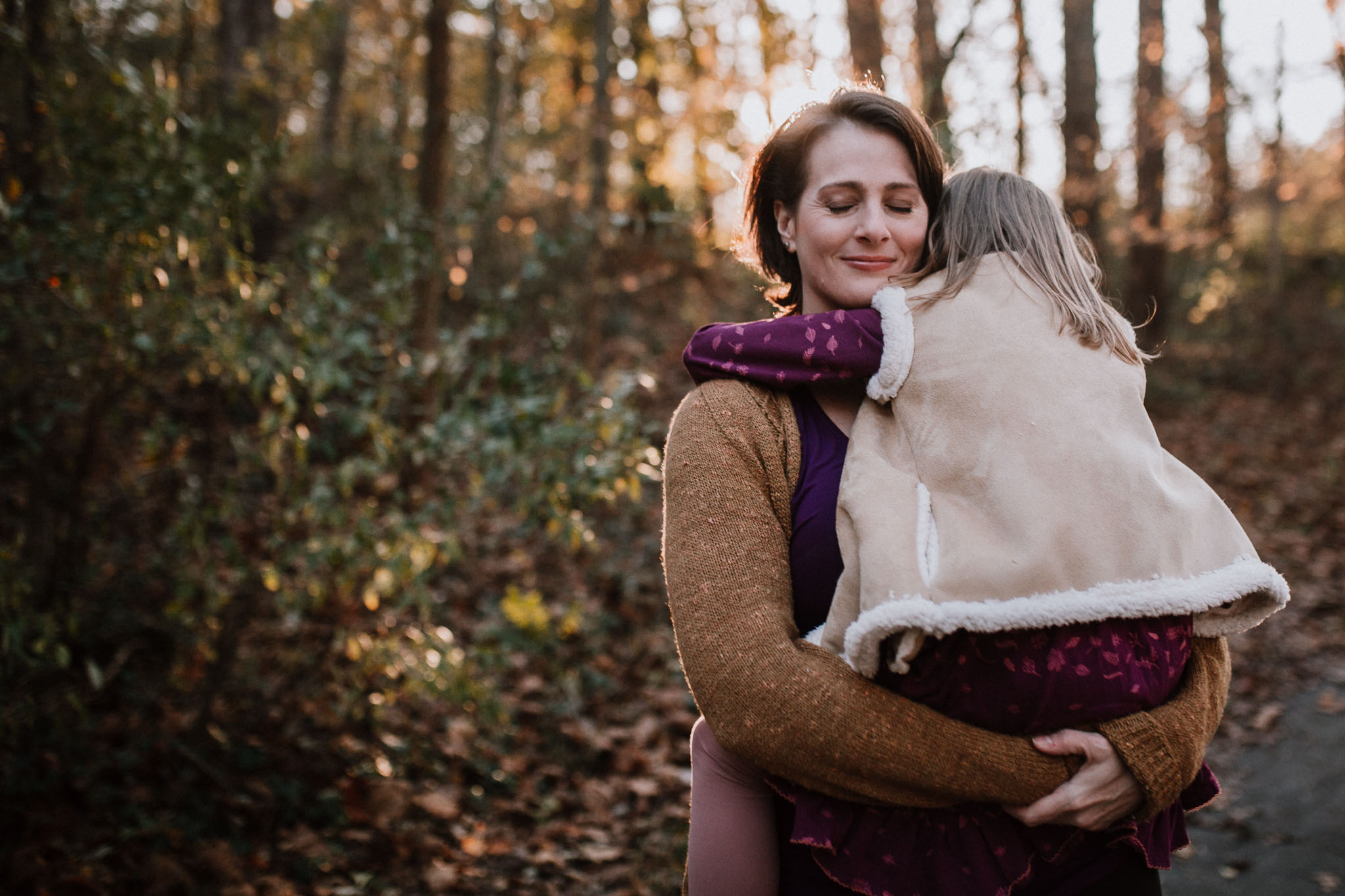 mother daughter lifestyle family documentary fall autumn sunset golden Cabell's Mill Ellanor C Lawrence Chantilly Virginia Marti Austin Photography