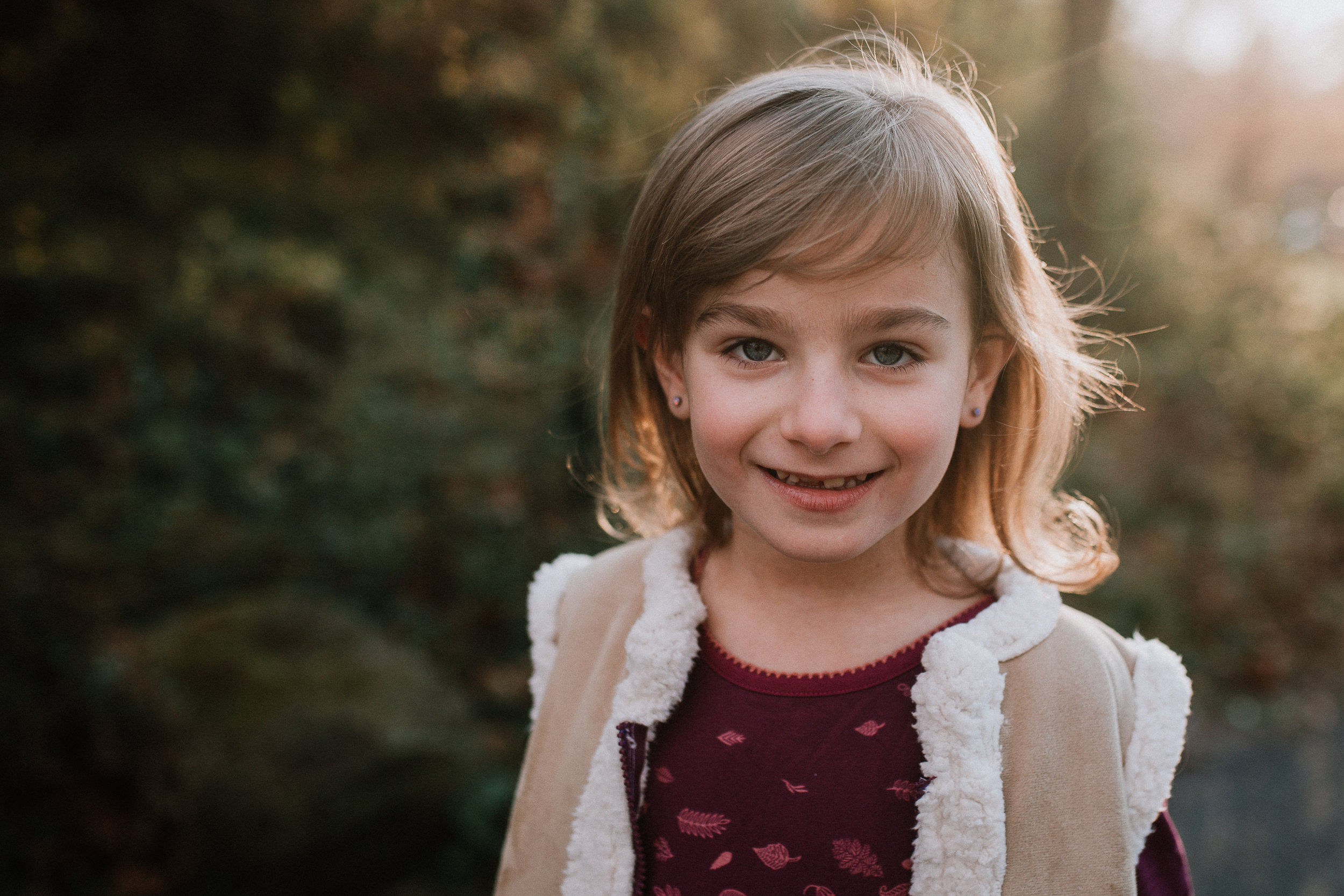 girl portrait lifestyle family documentary fall autumn sunset golden Cabell's Mill Ellanor C Lawrence Chantilly Virginia Marti Austin Photography
