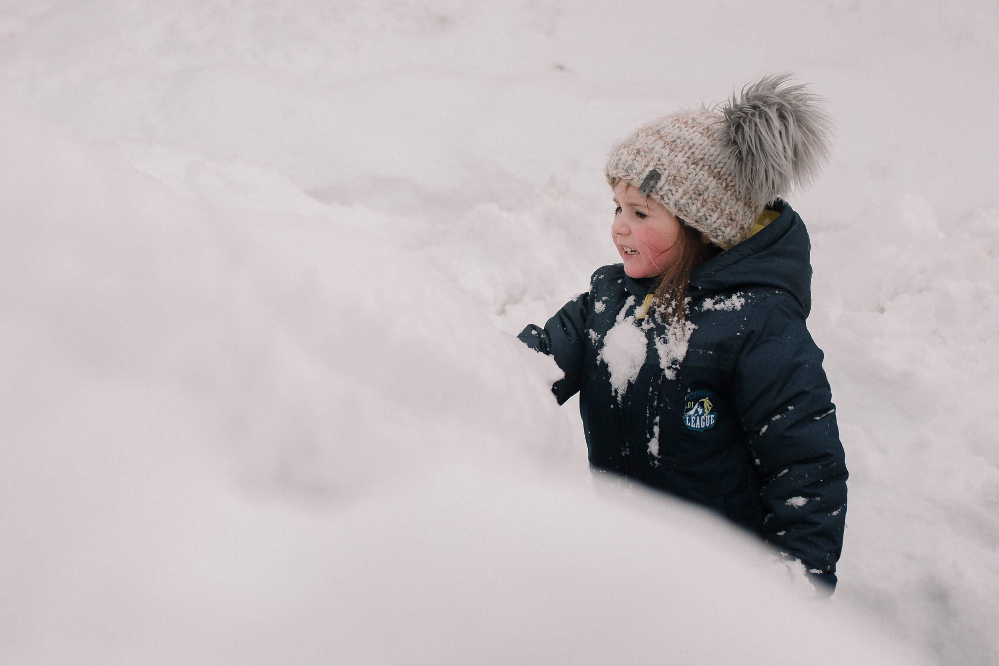 girl snow winter portrait childhood lifestyle documentary Ashburn Virginia Marti Austin Photography