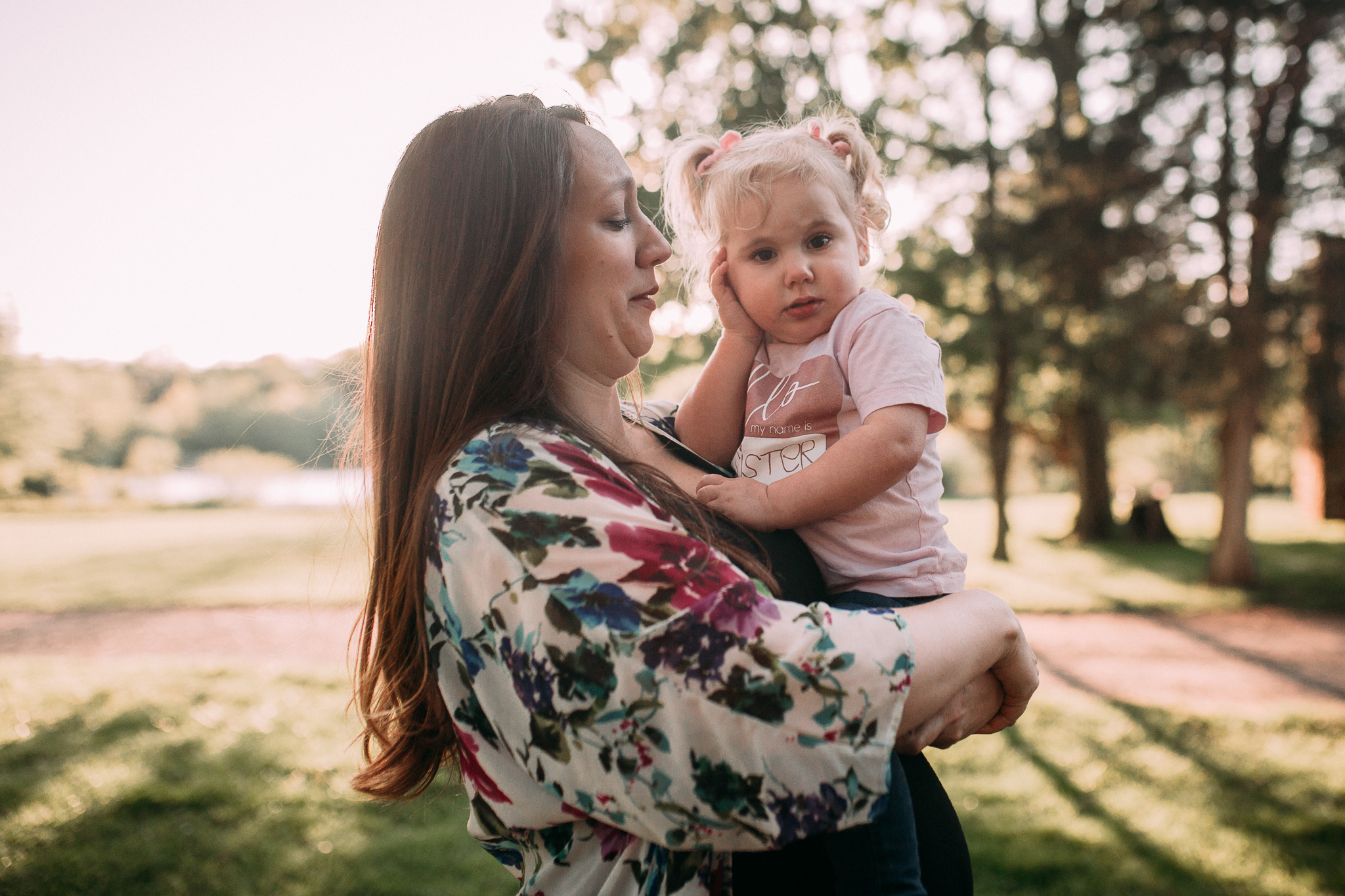 mother daughter hug maternity motherhood family lifestyle documentary Claude Moore Park Sterling Loudoun Virginia Golden Hour Sunset spring Marti Austin Photography