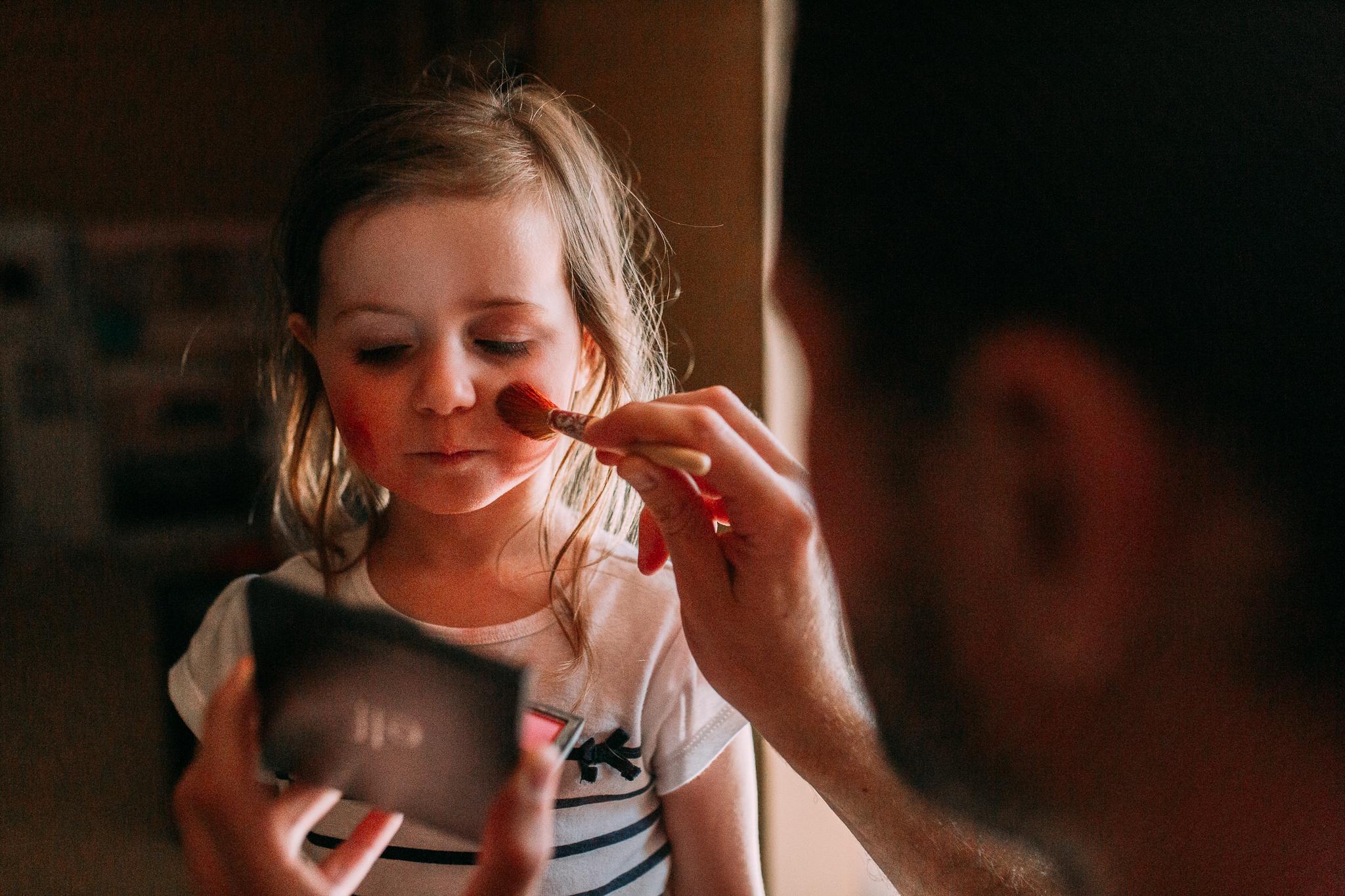 makeup dress up girl lifestyle documentary family Ashburn Loudoun Northern Virginia Marti Austin Photography