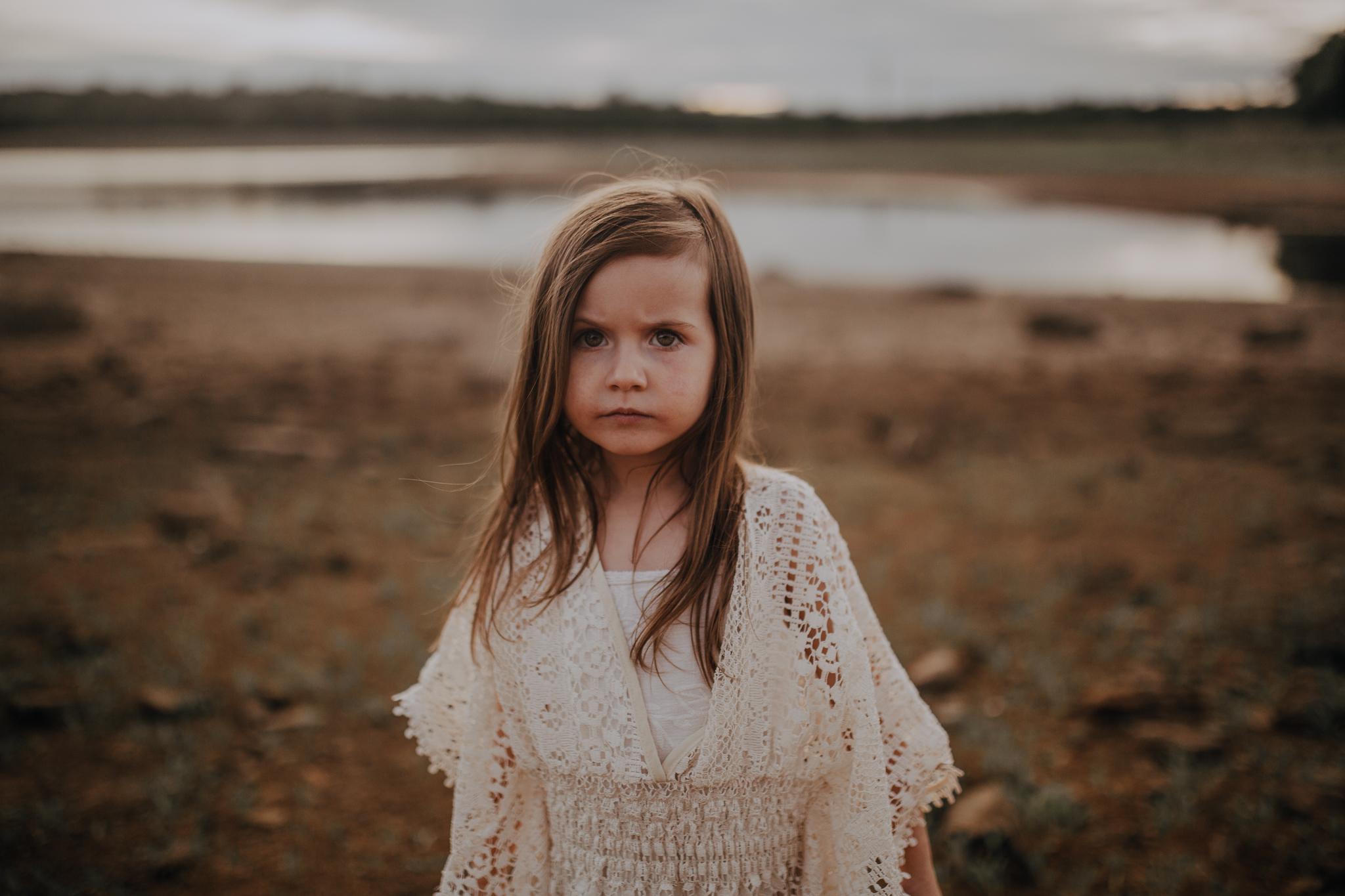 Girl at sunset on beach Beaverdam Reservoir lifestyle documentary family Ashburn Loudoun Northern Virginia Marti Austin Photography