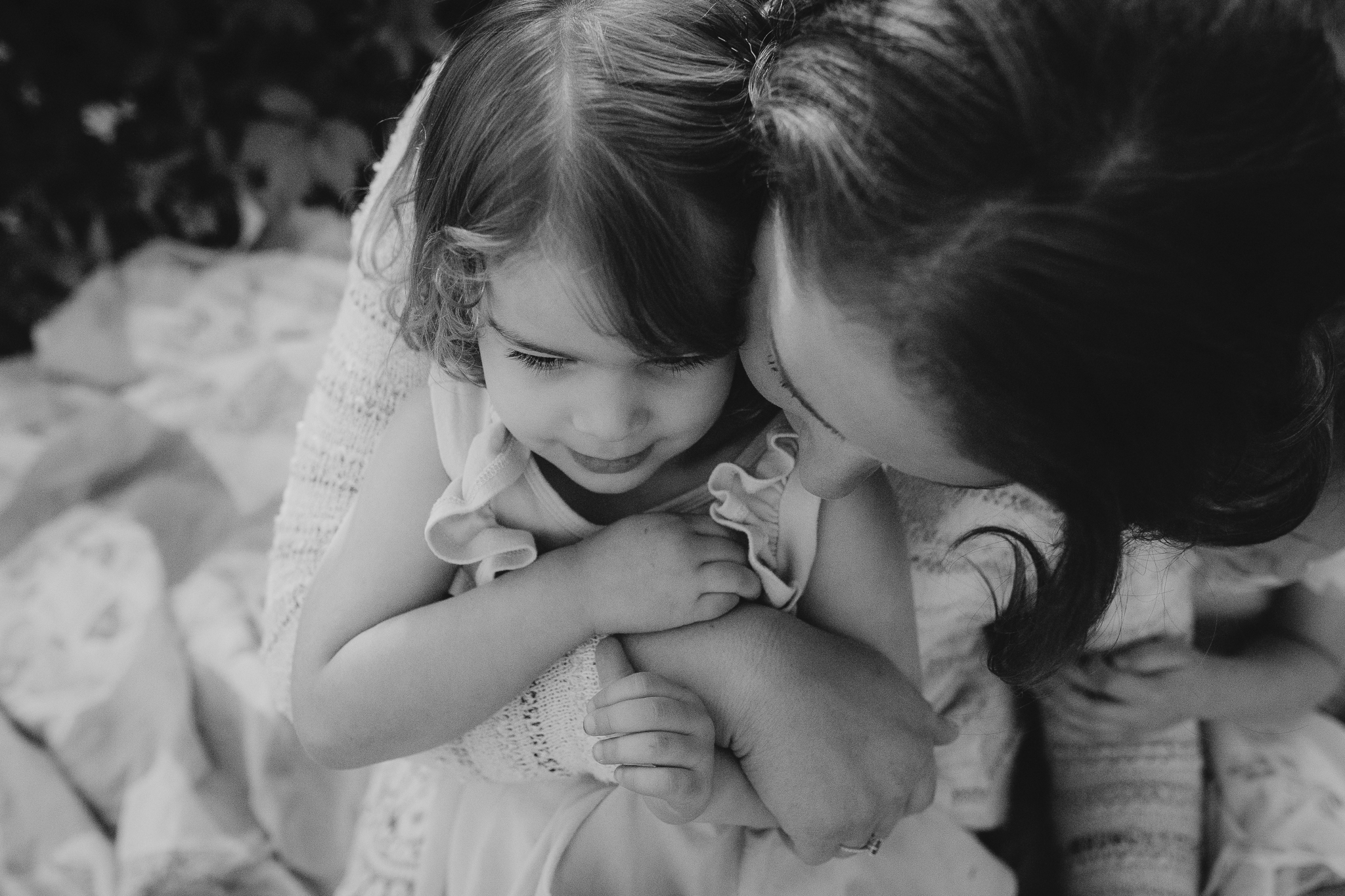 black and white mother daughter outdoor sunset golden hour The Barn at One Loudoun Ashburn Northern Virginia Liifestyle Documentary Family Marti Austin Photography