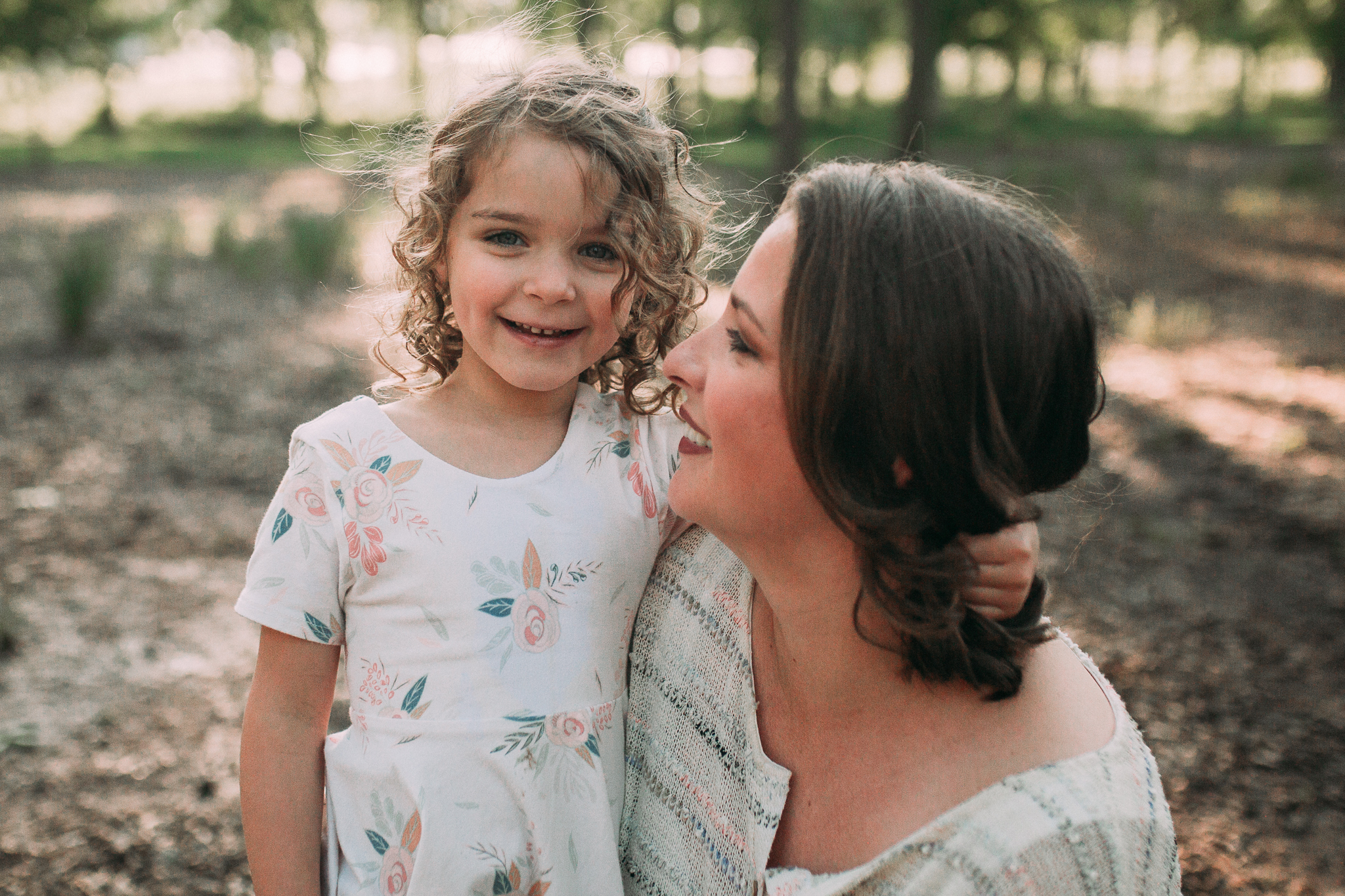 mother daughter outdoor sunset golden hour The Barn at One Loudoun Ashburn Northern Virginia Liifestyle Documentary Family Marti Austin Photography