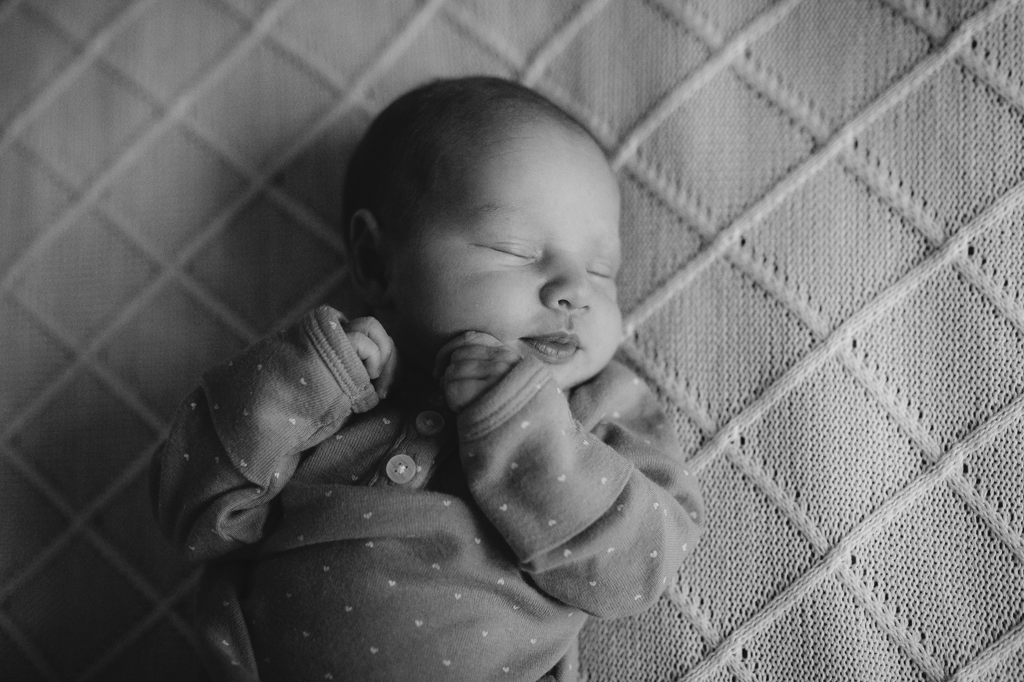 black and white portrait newborn baby girl lifestyle documentary family Leesburg Loudoun Virginia Marti Austin Photography